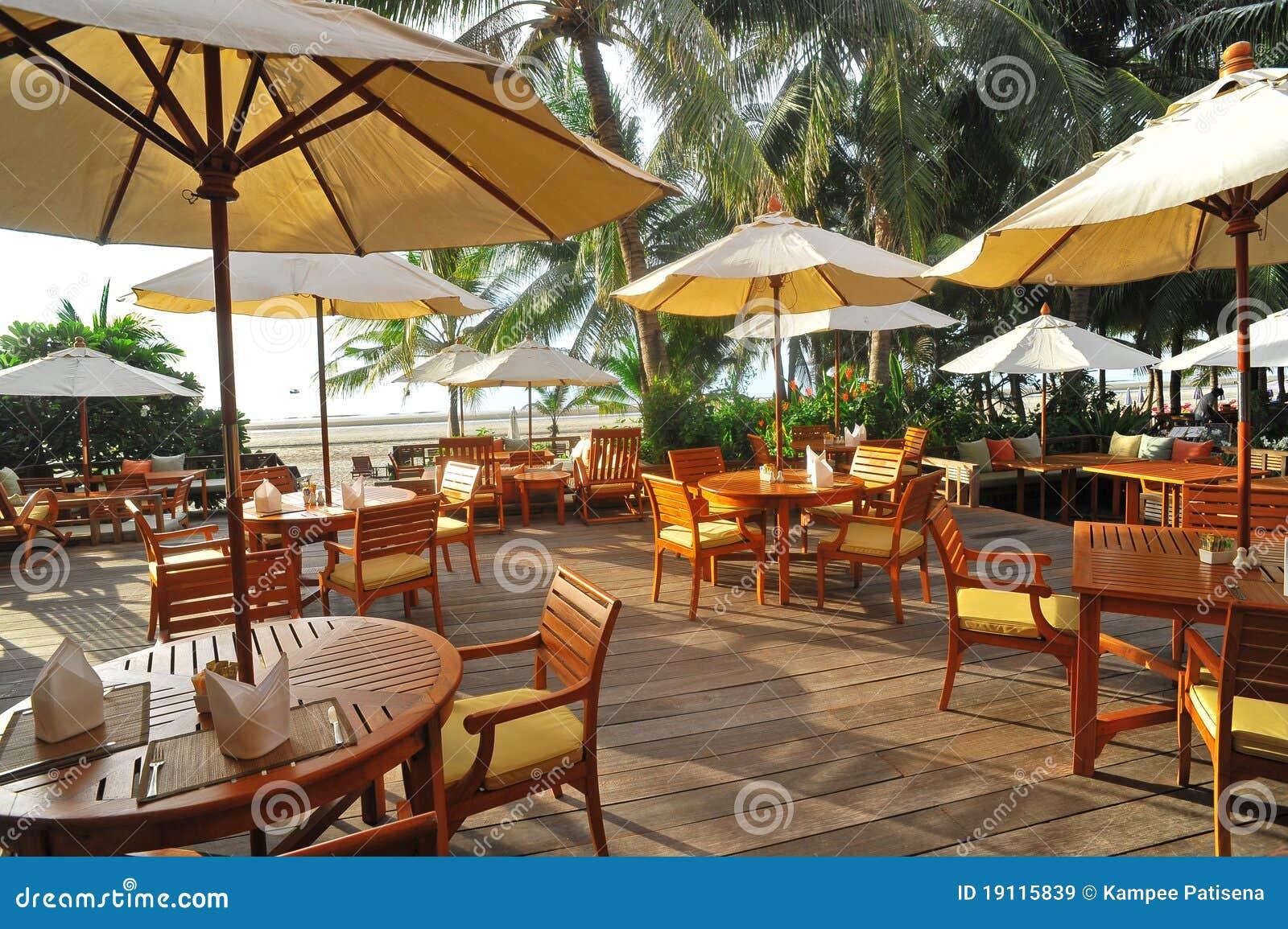 Restaurant ext rieur la plage la tha lande images for Exterieur restaurant