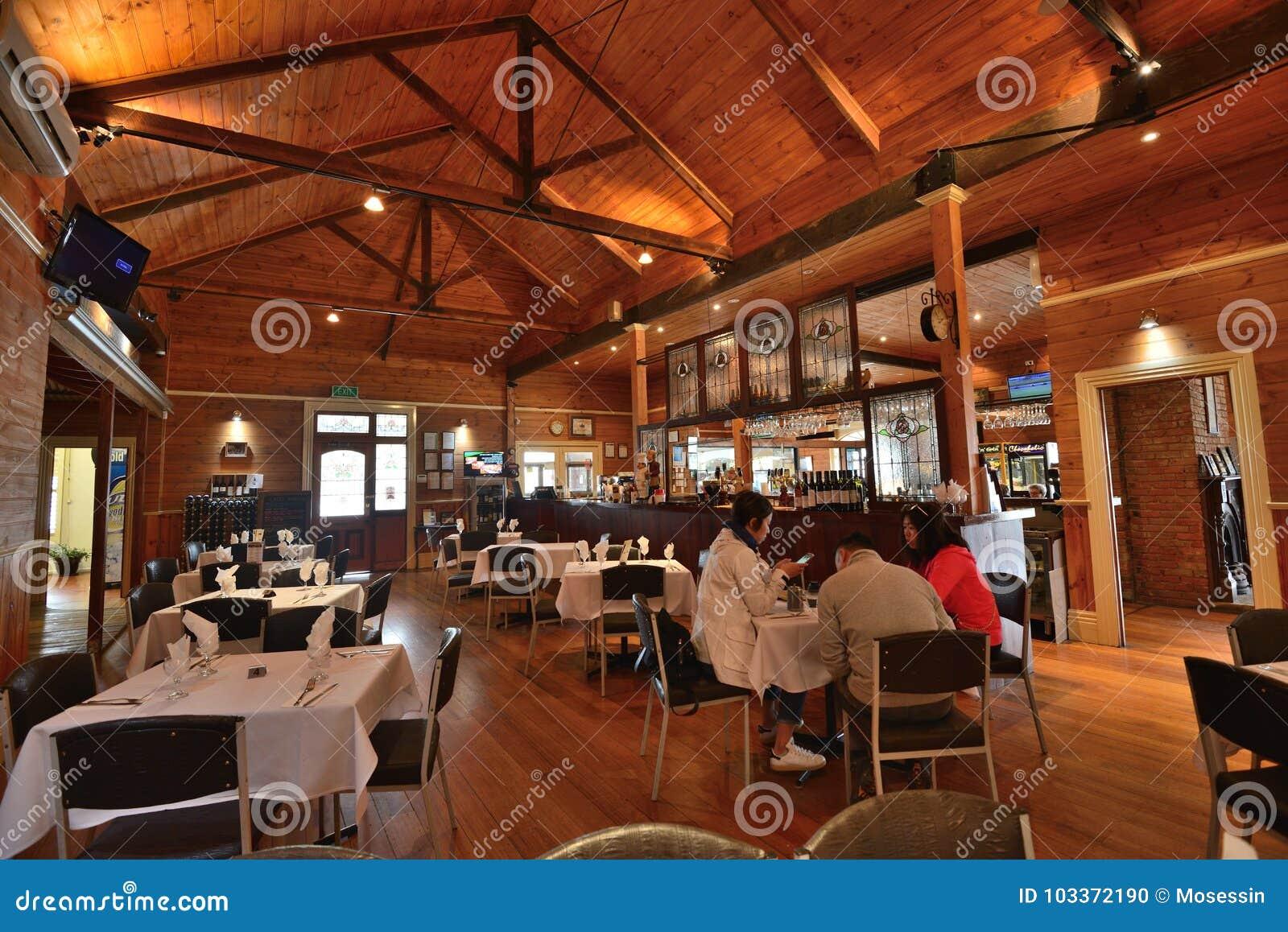 Restaurant Innenarchitektur Redaktionelles Bild   Bild von ...