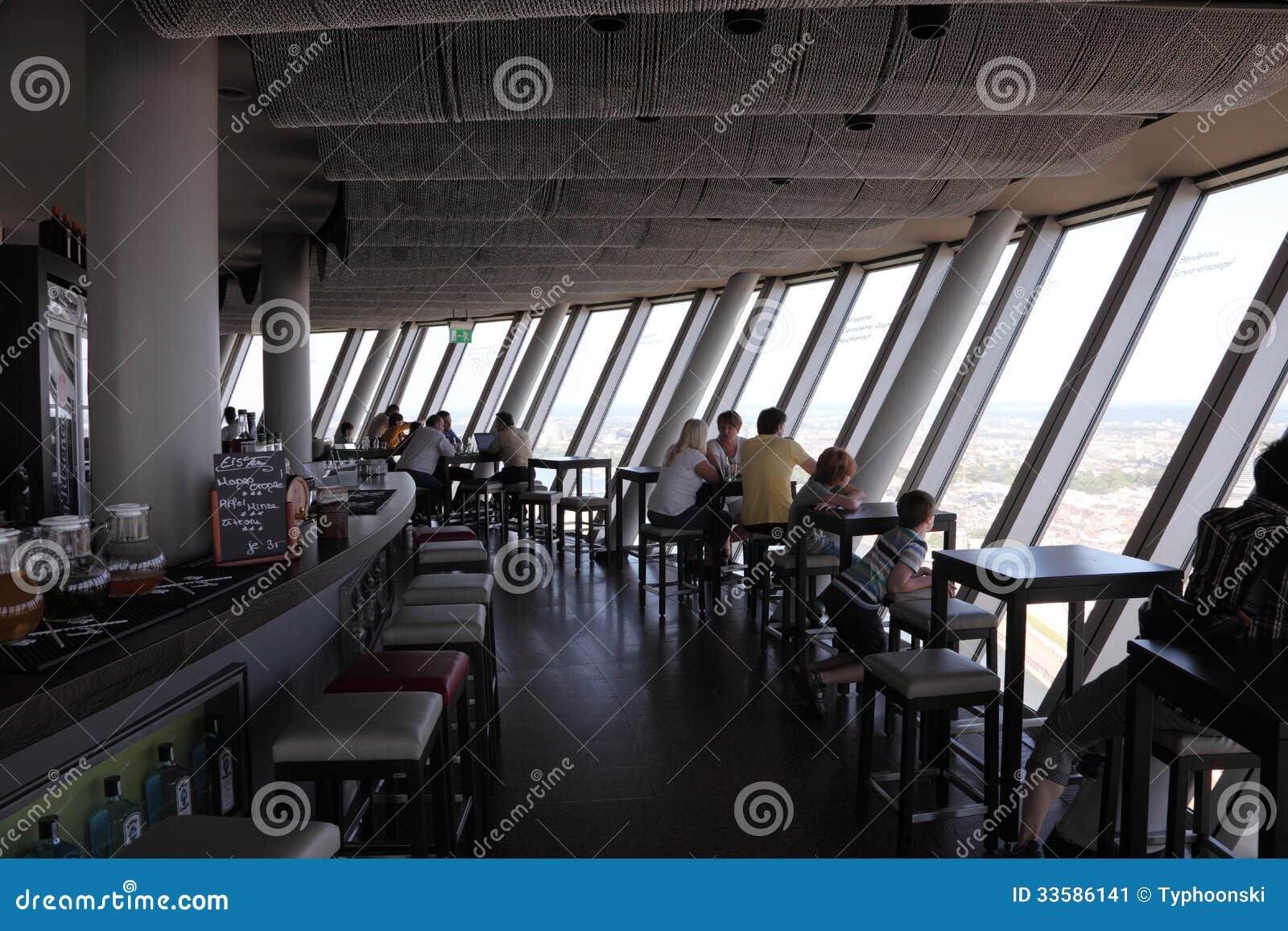 Restaurant In Rhein Turm Dusseldorf Redaktionelles Foto Bild