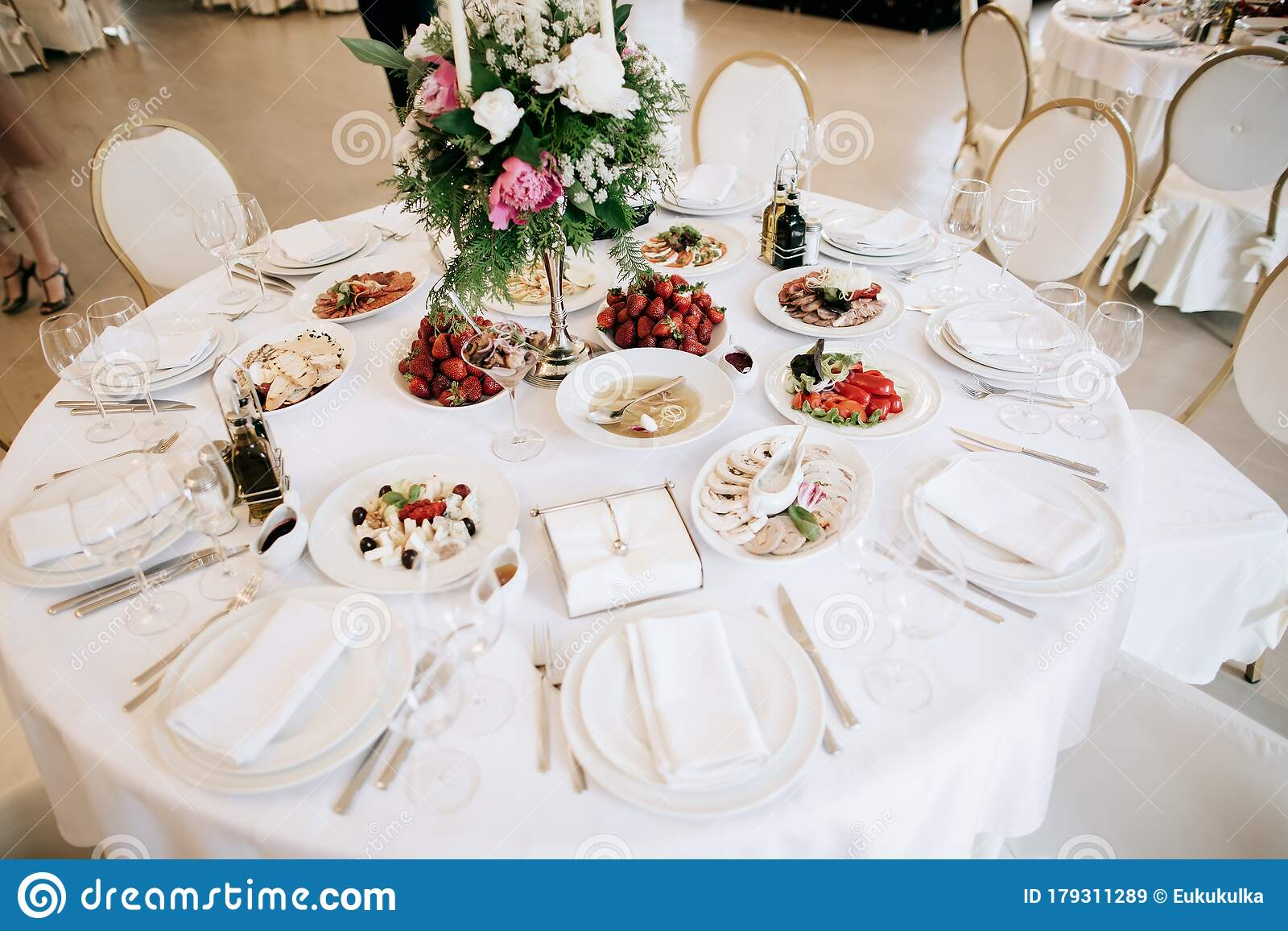 Restaurant Table With Food Catering Service Wedding Celebration Decoration Dinner Time Lunch Stock Image Image Of Luxury Dancefloor 179311289