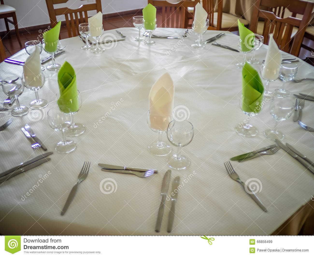 Restaurant table setup - Restaurant Table Setup