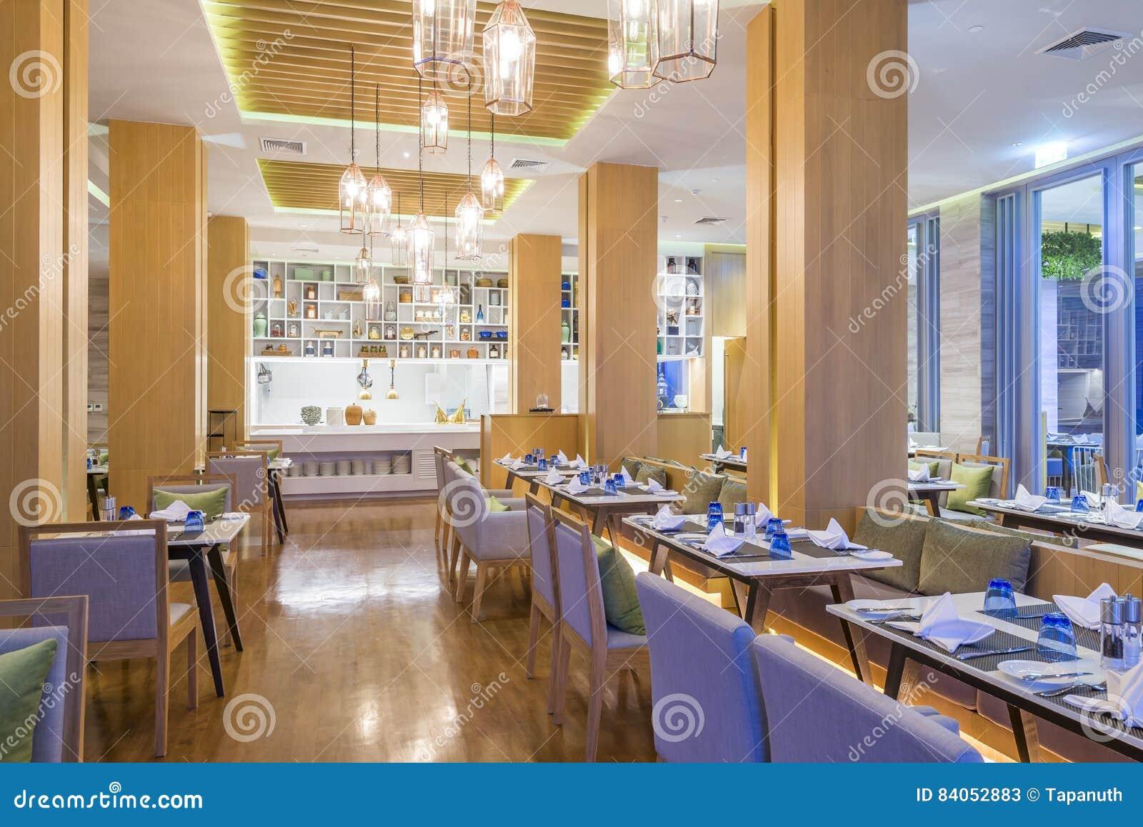 Restaurantbinnenland met moderontwerp en decoratie stock