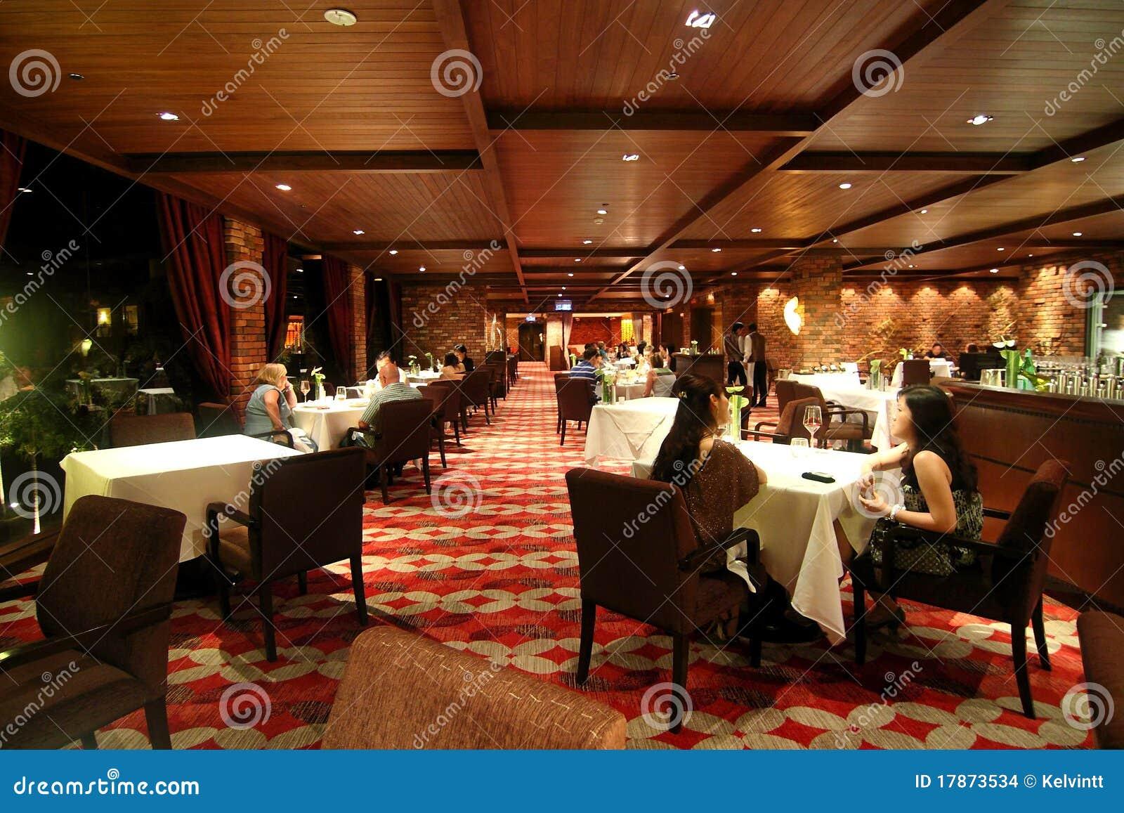 cena acompañante del hotel sexo