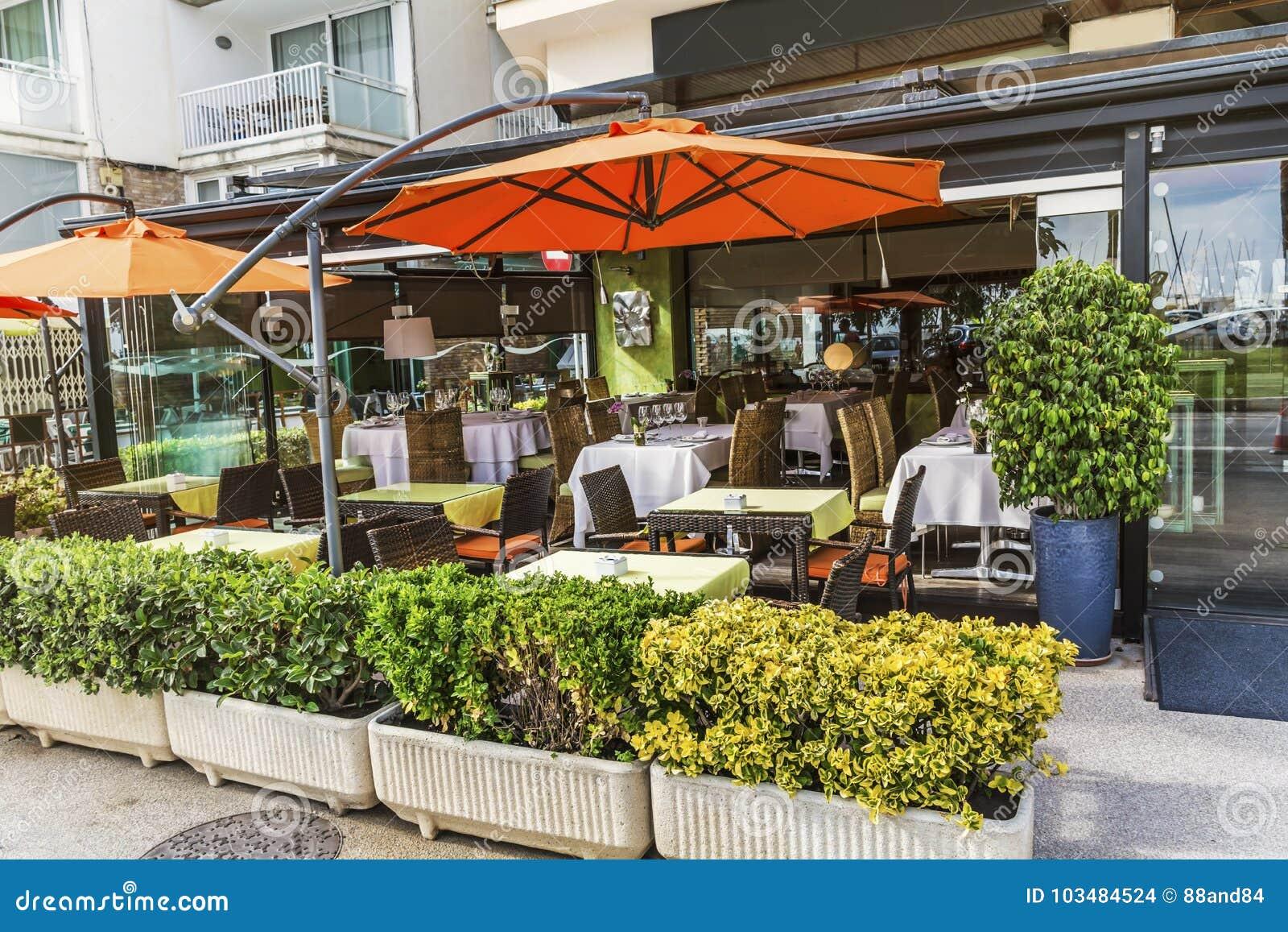 Restaurante exterior em Barcelona