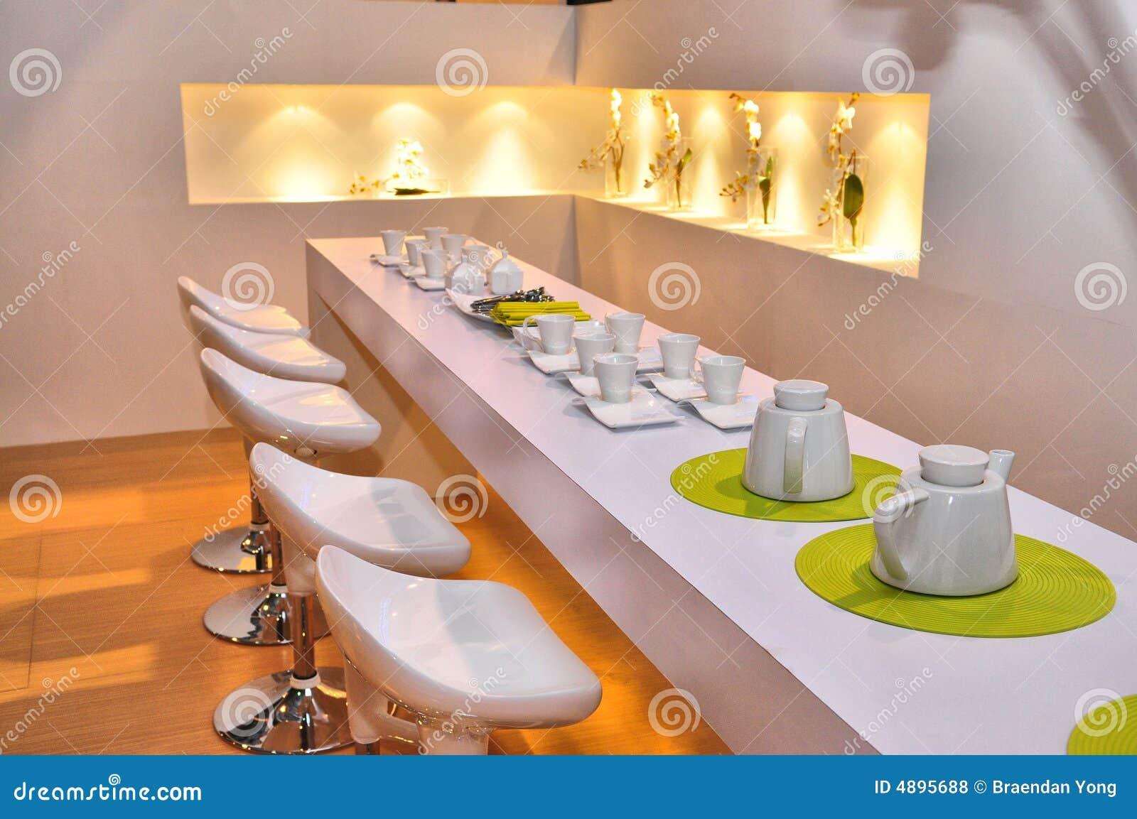 Restaurante moderno fotos de stock royalty free imagem for Planos de restaurantes modernos