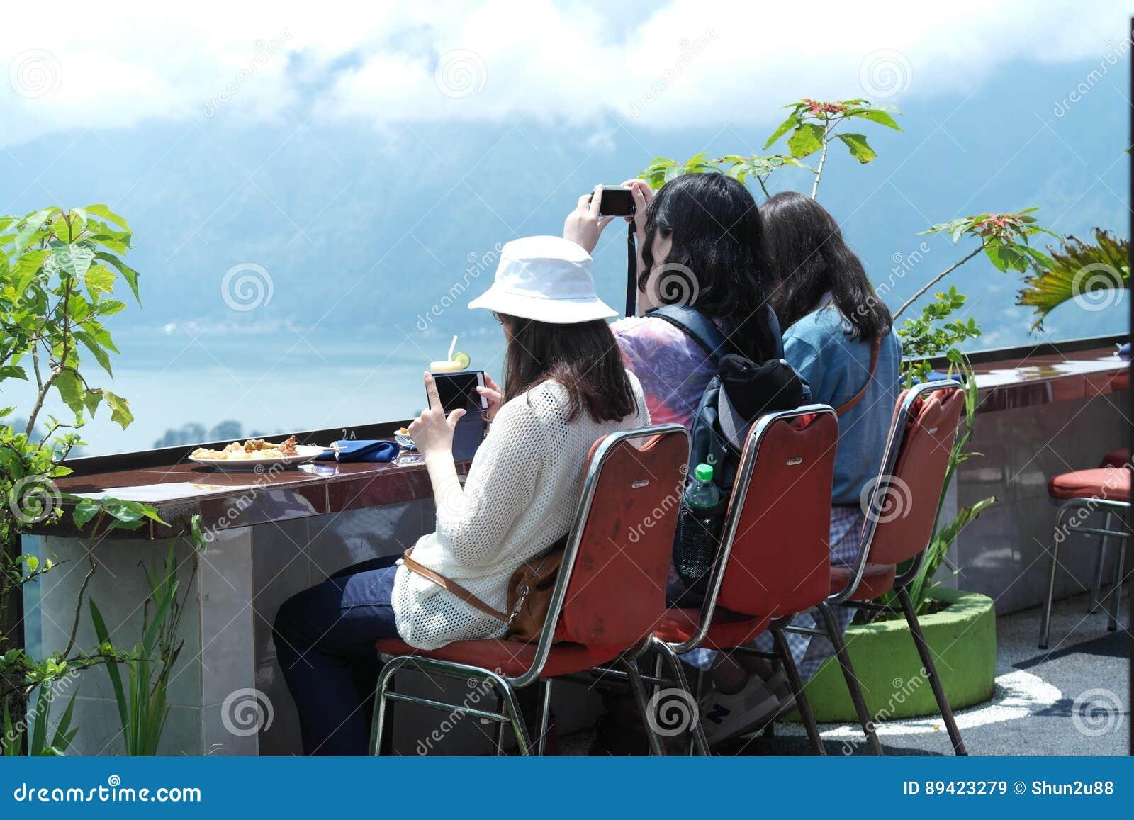 Restaurante na montagem Batur de Kintamani