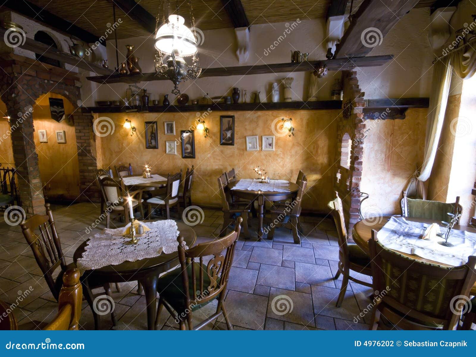 Restaurante r stico fotograf a de archivo imagen 4976202 for Adornos para bares rusticos