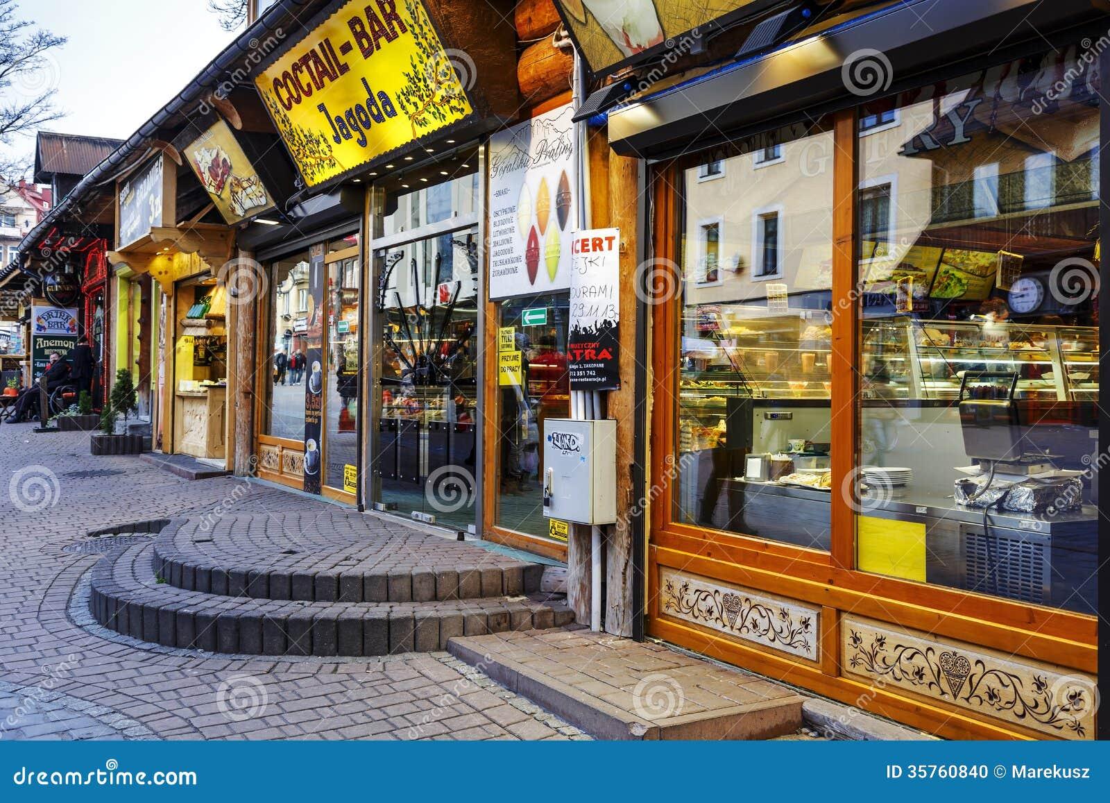 Restaurantes Pequenos Em Krupowki Em Zakopane Imagem