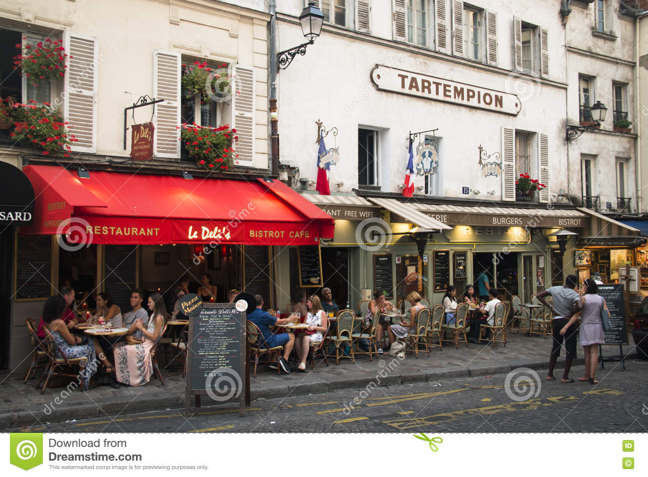 Restaurants At Montmartre In Paris Editorial Stock Image Image Of