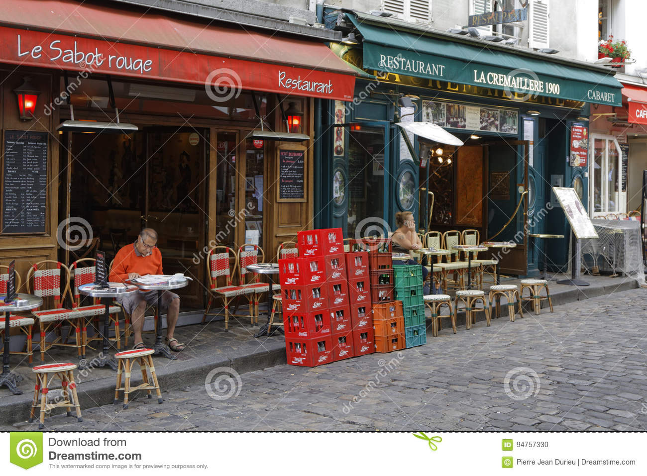 Restaurants In Place Du Tertre Editorial Image Image Of Elevated