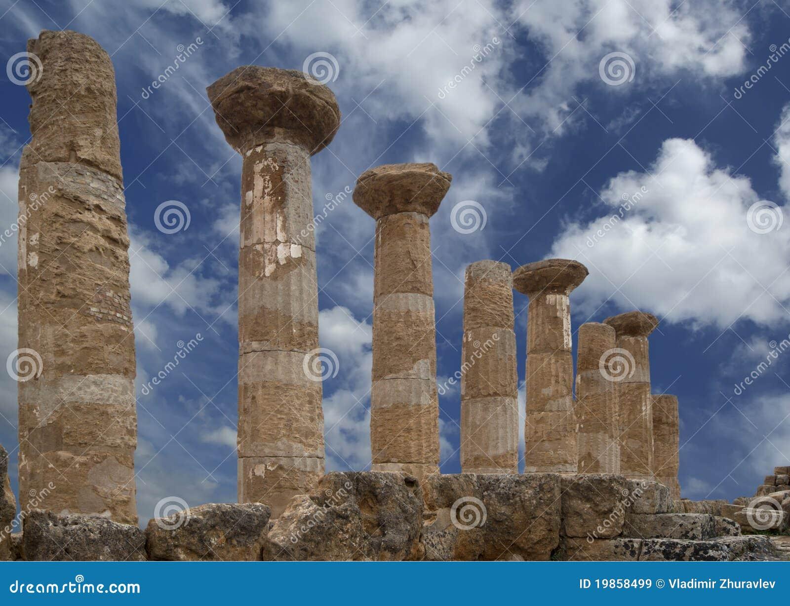 Restes d un temple du grec ancien de Heracles