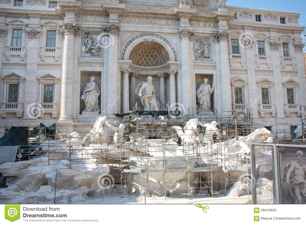 68790e8330d9 Restoration Of The Trevi Fountain Rome In Summer 2015 Stock Image ...