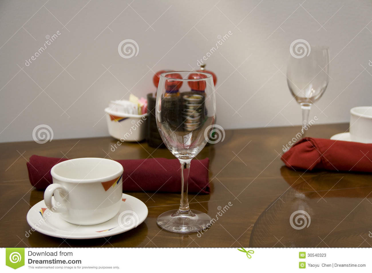Resturant Table Setting Stock Photos Image 30540323