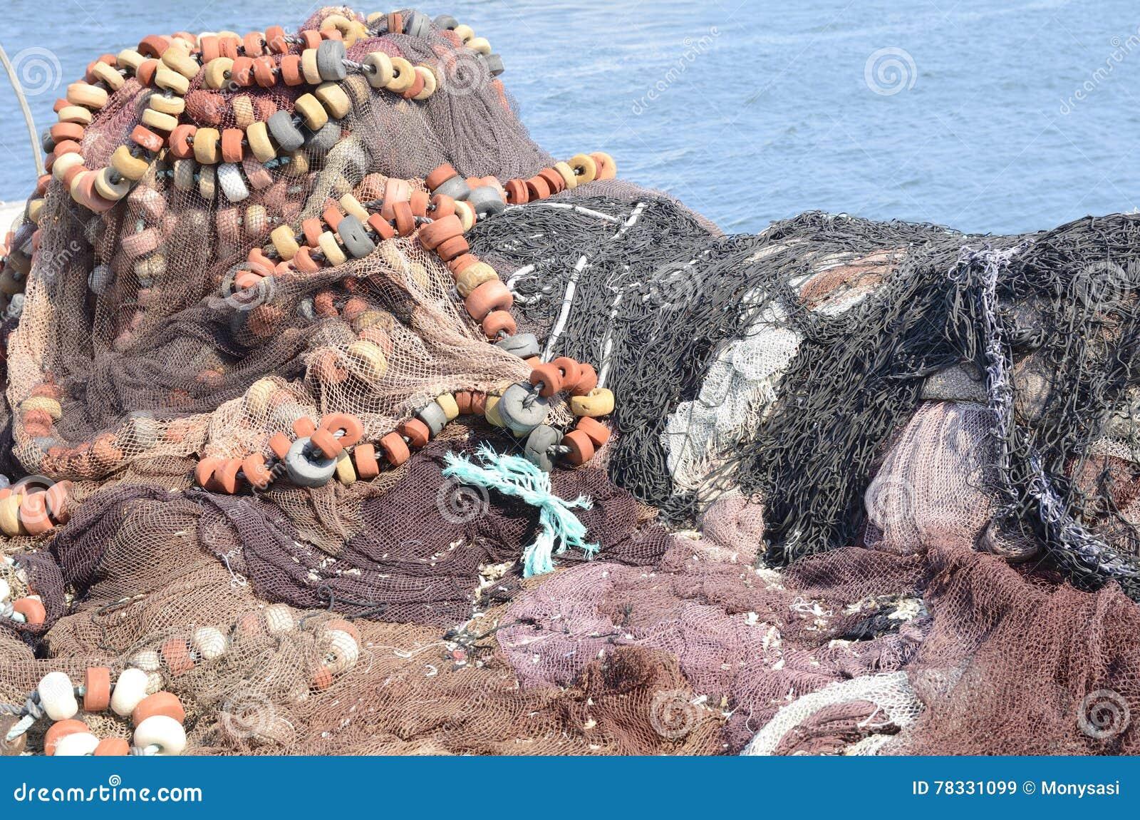 Rete da pesca fotografia stock immagine 78331099 - Rete da pesca per decorazioni ...
