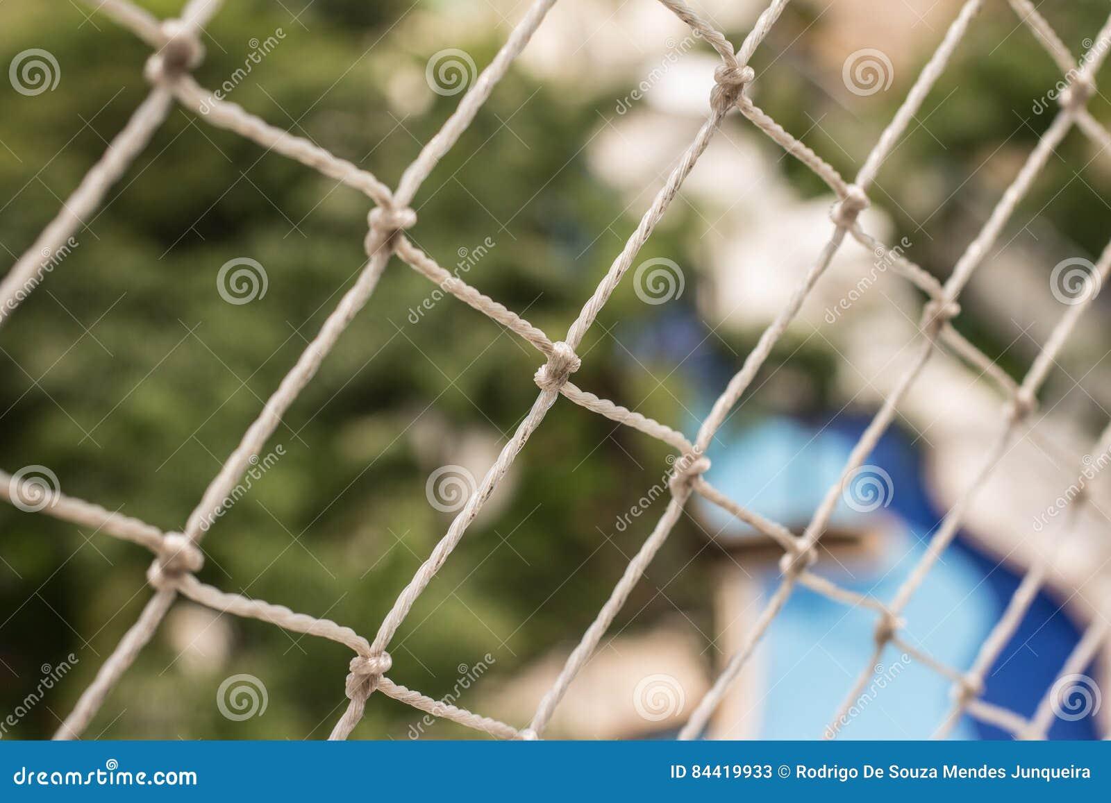 Rete Per Balconi Bambini rete di sicurezza per il balcone immagine stock - immagine