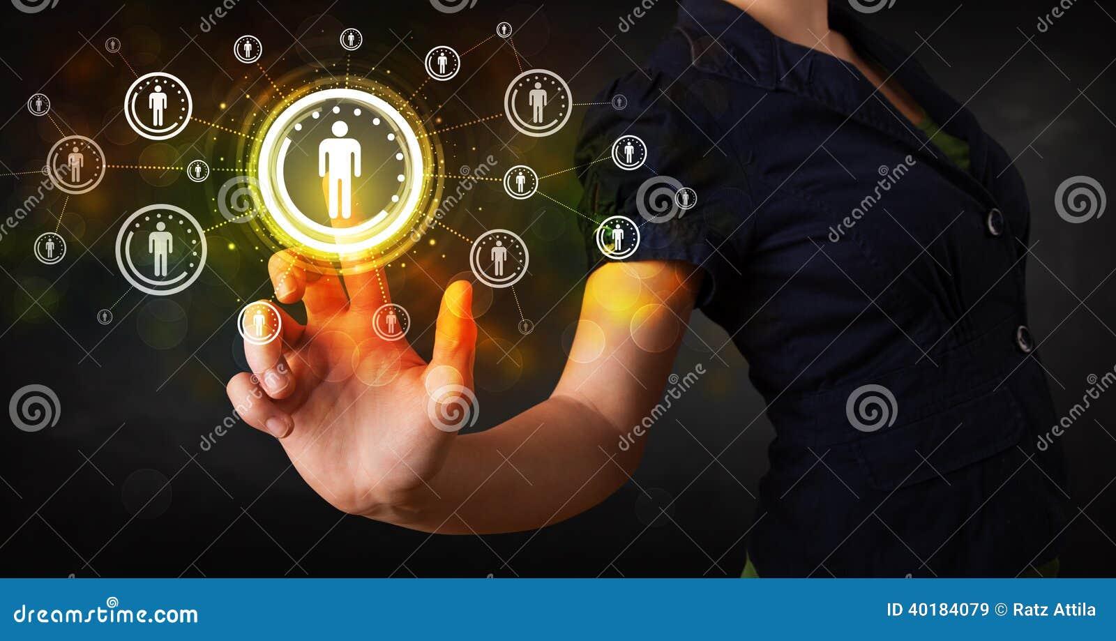 Rete sociale futura commovente b di tecnologia della donna di affari moderna