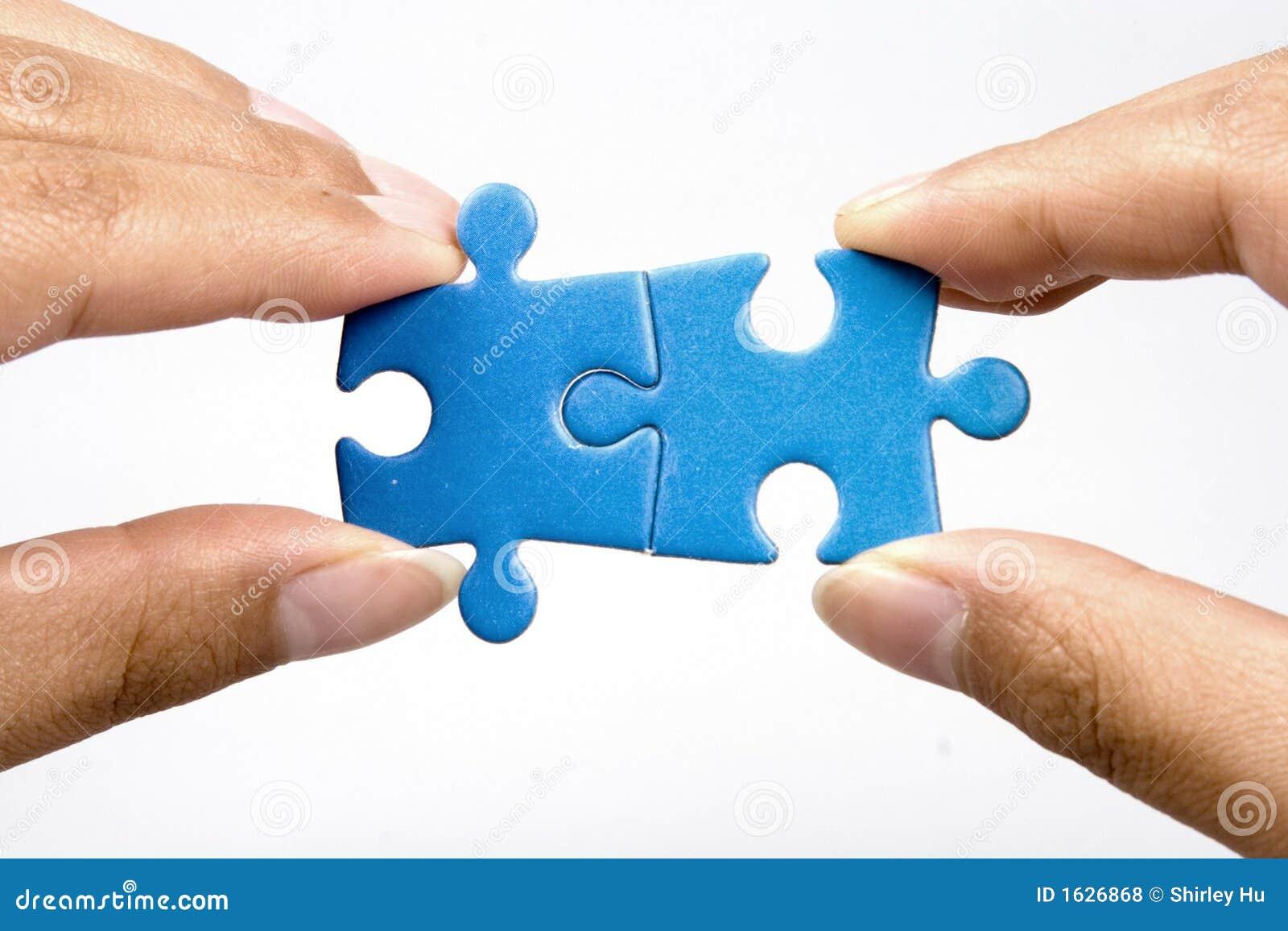 Retenir le puzzle denteux