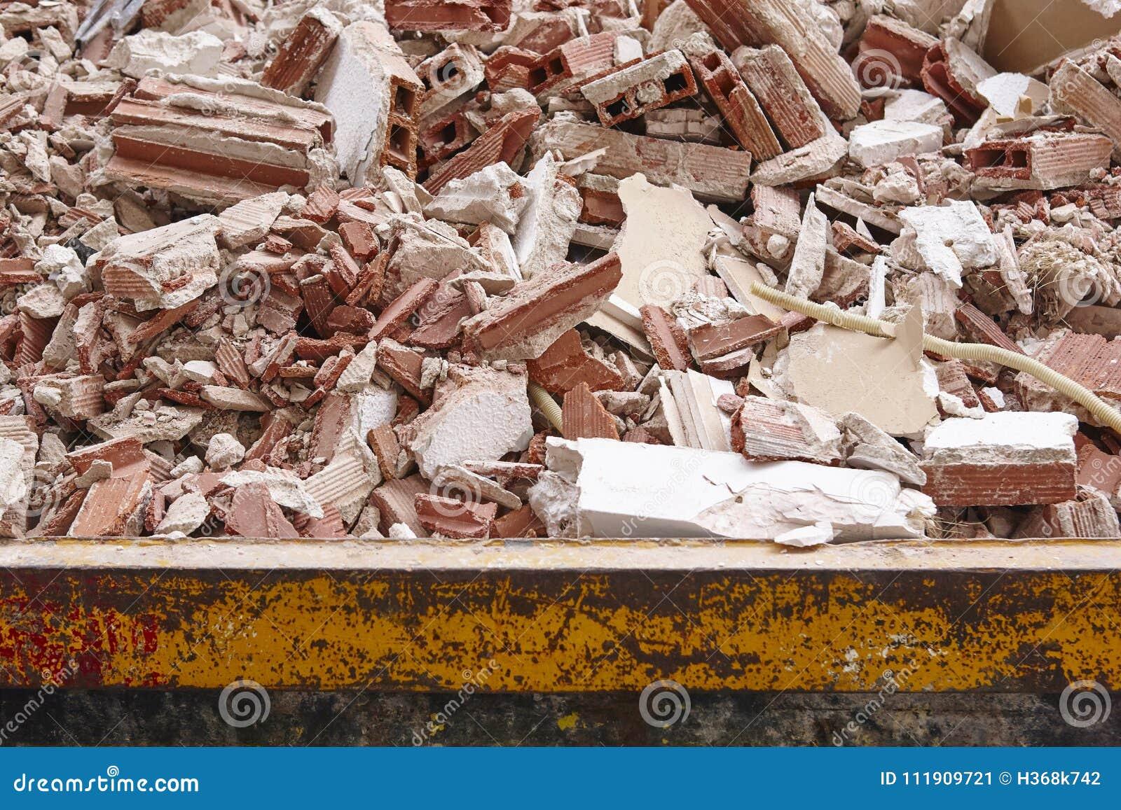 Retrait des débris Déchets de construction Démolition de bâtiment deva