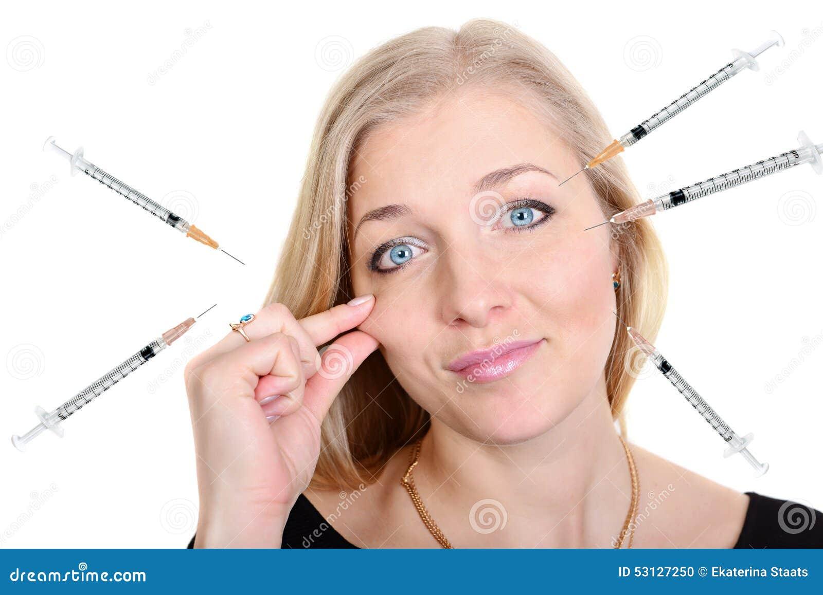 Retrato da beleza da cirurgia plástica de uma mulher com injetores