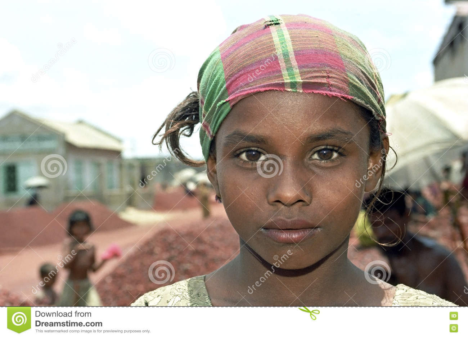 Retrato da moça com lenço colorido
