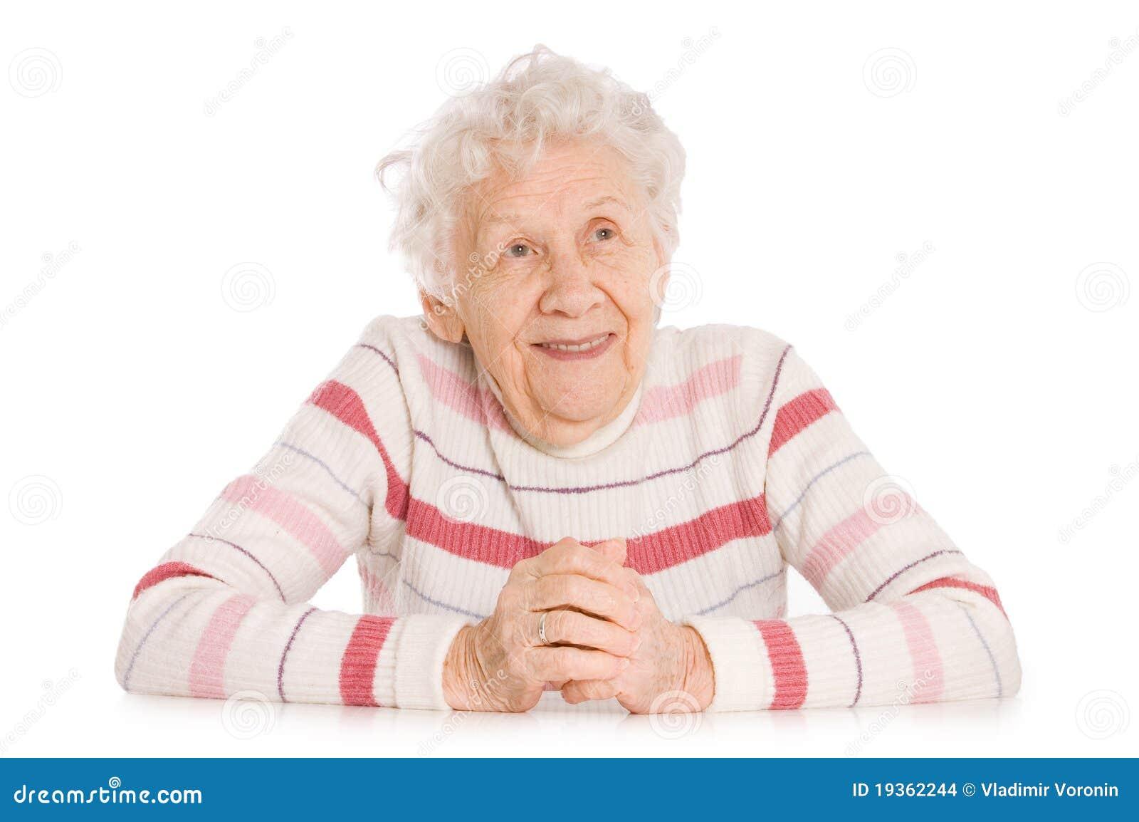 Retrato da mulher de sorriso idosa
