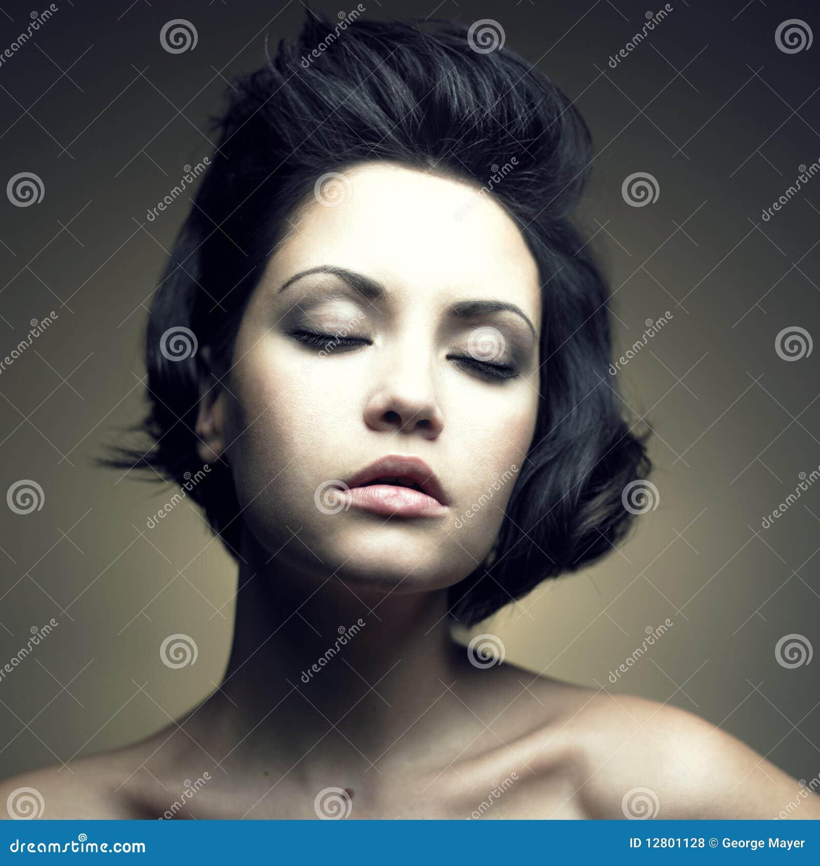 Retrato da mulher sensual bonita