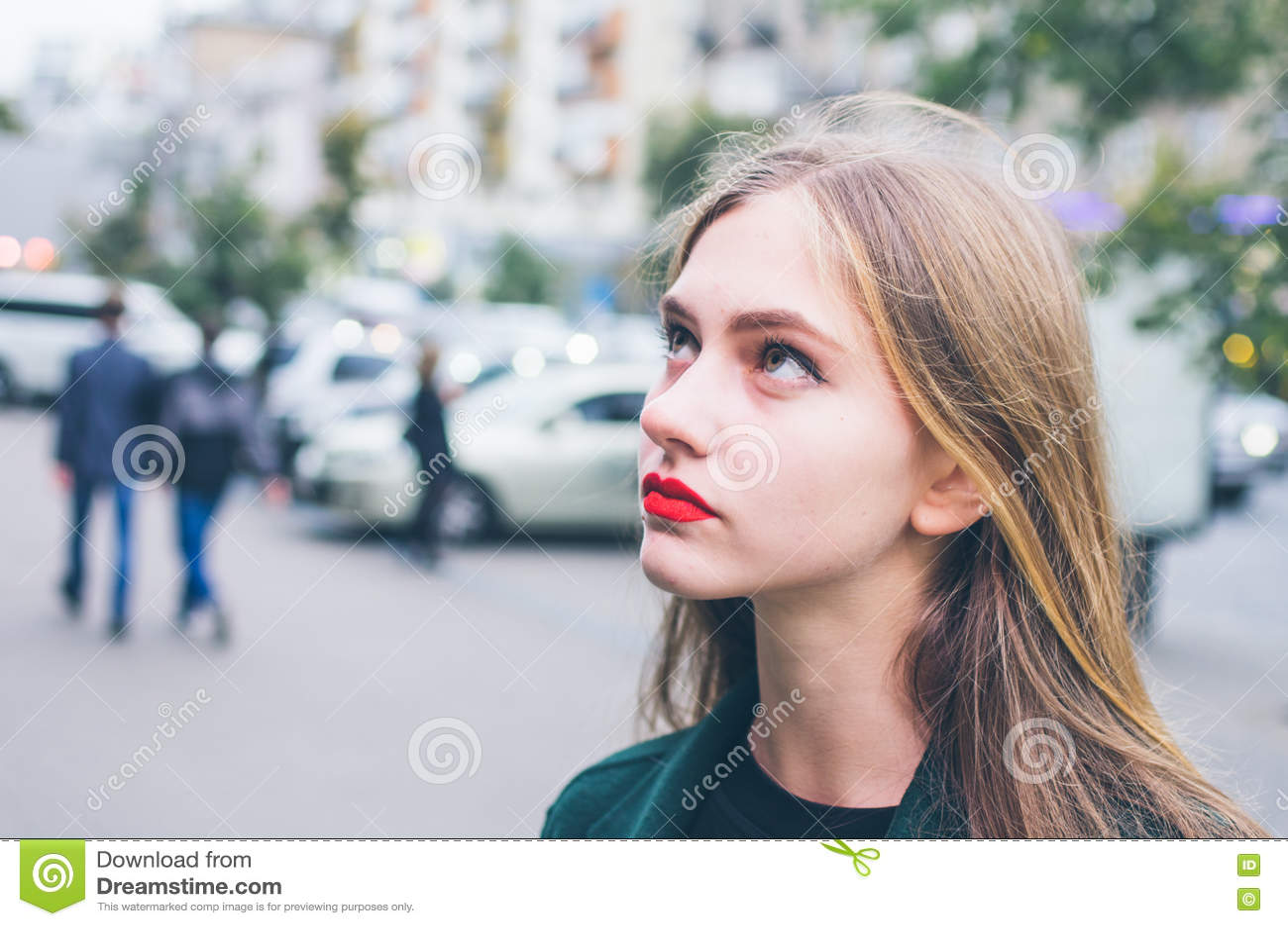 Retrato de la chica joven