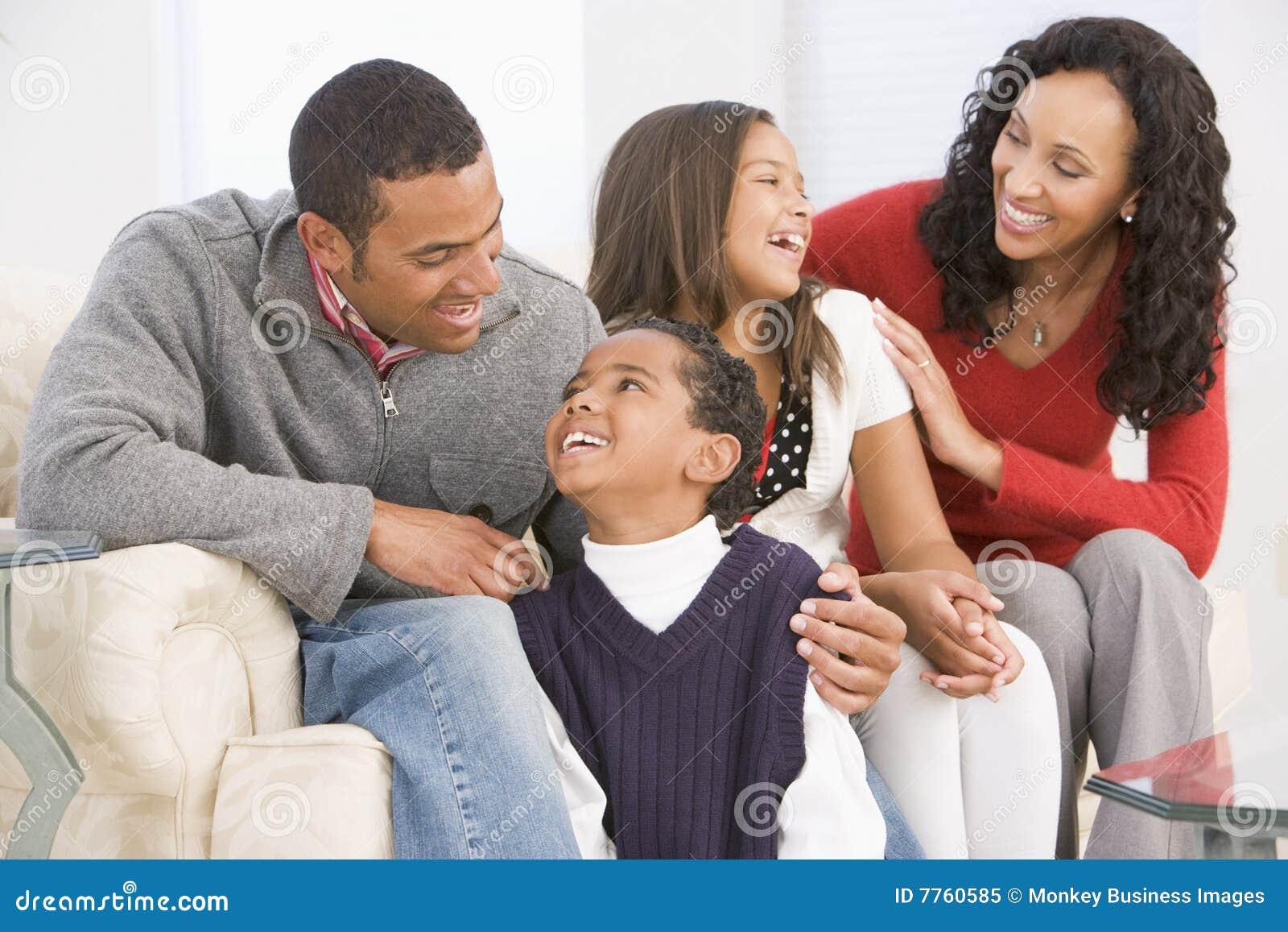 Retrato de la familia en la Navidad