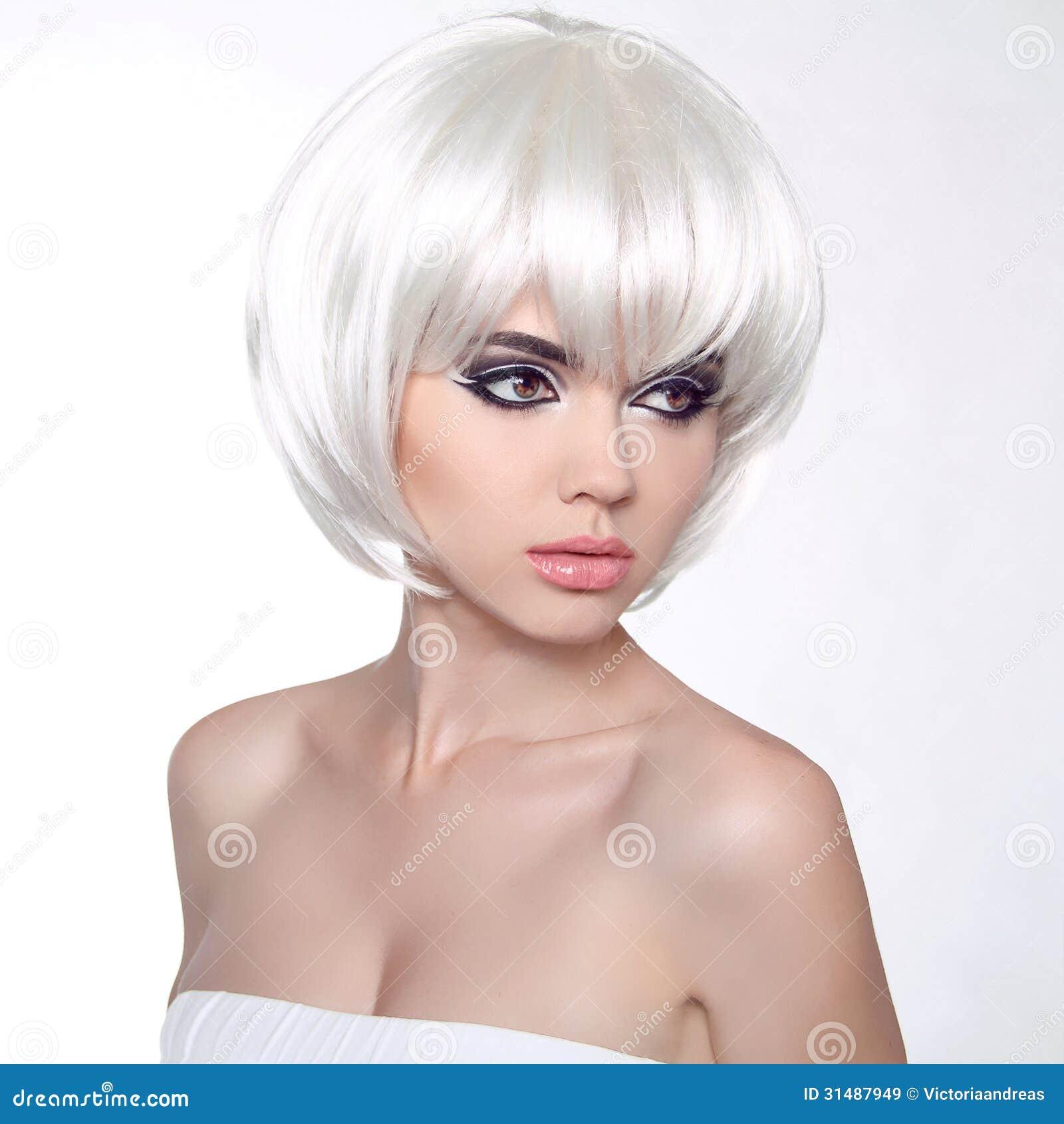 Peinados y maquillaje pelo corto