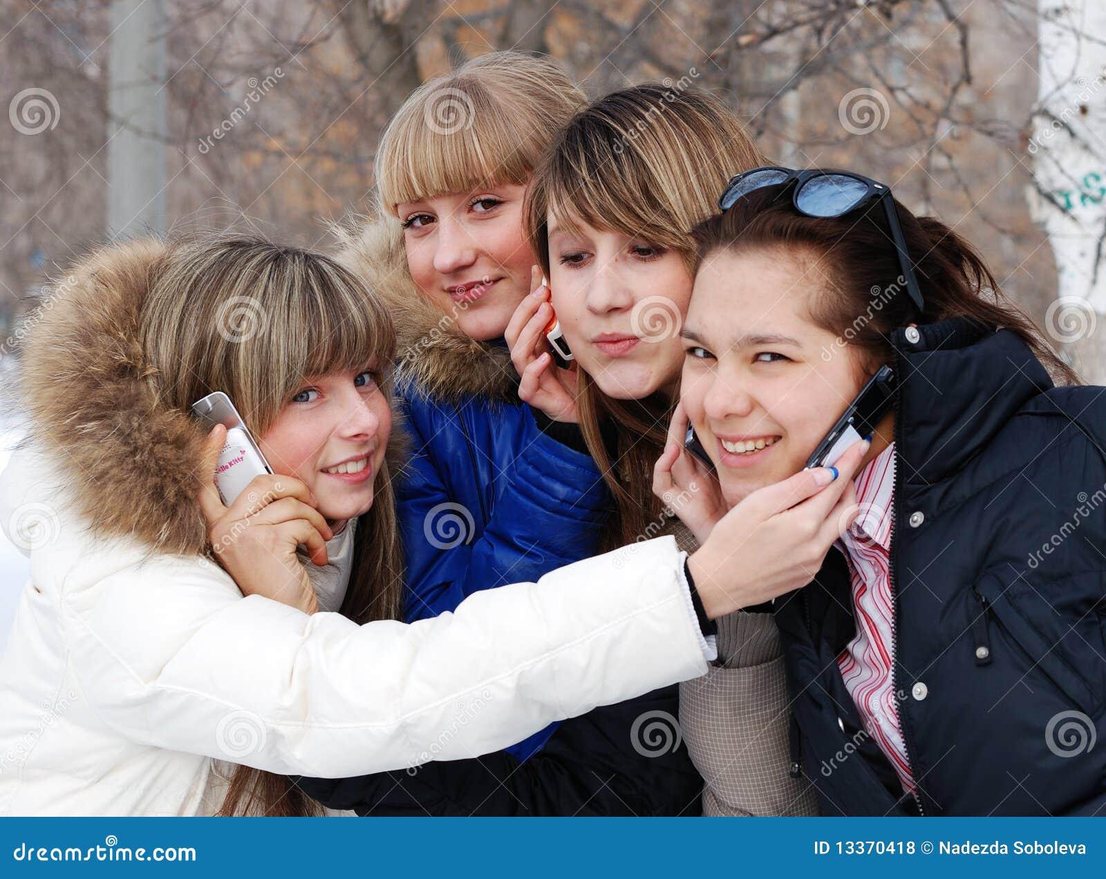 Retrato de las chicas jóvenes