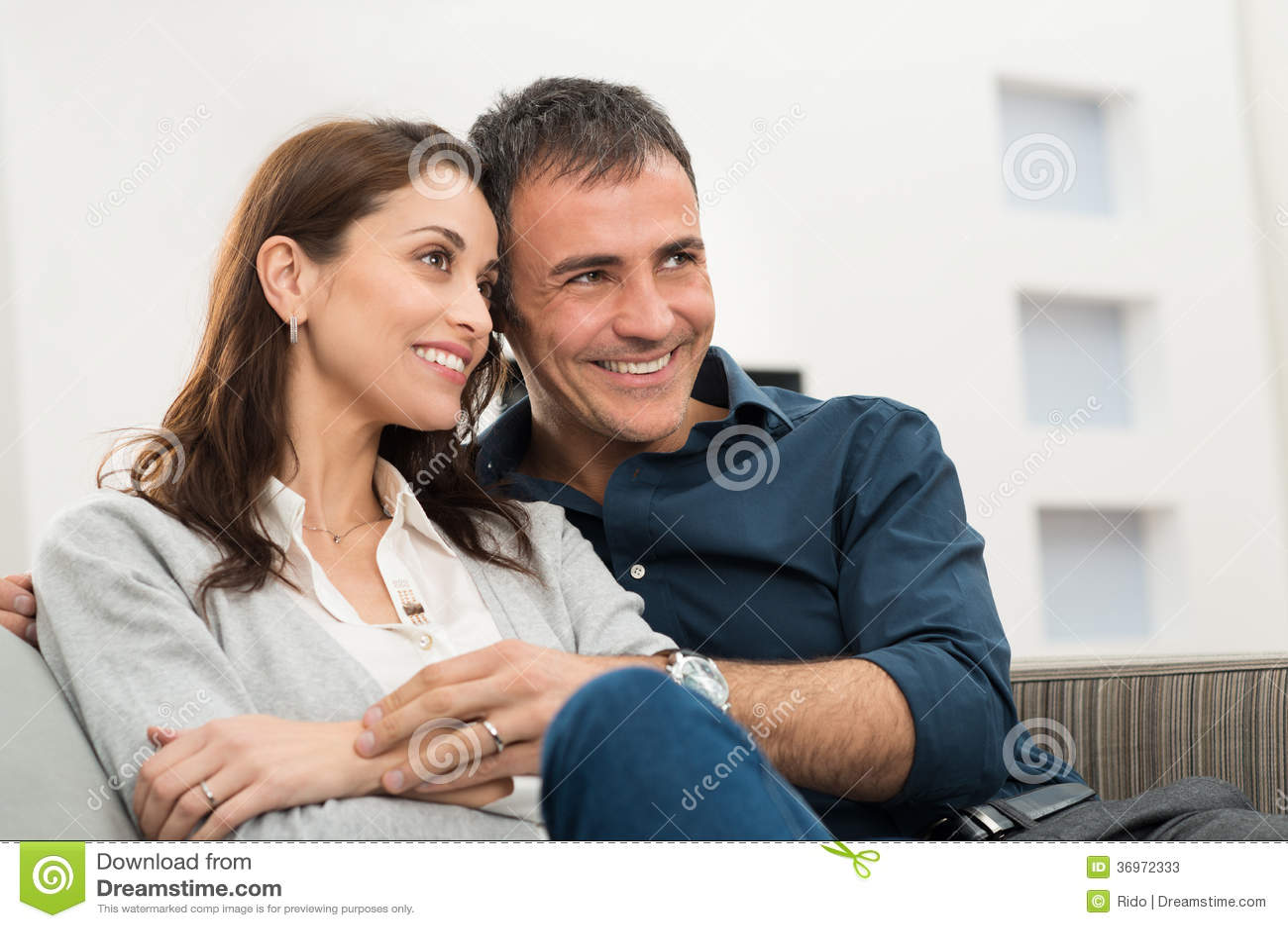 Retrato de pares felizes