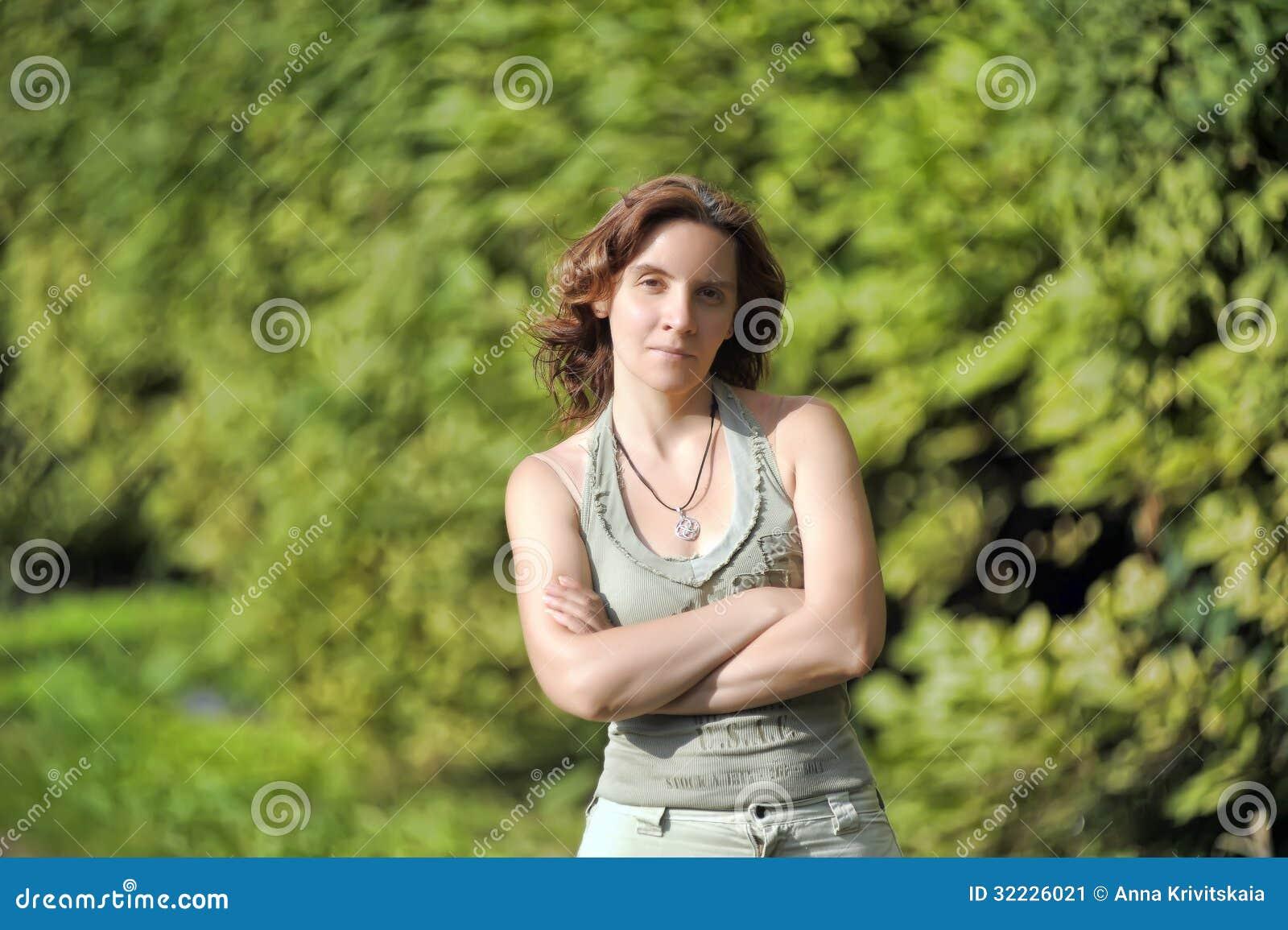 Download Retrato de uma menina imagem de stock. Imagem de étnico - 32226021