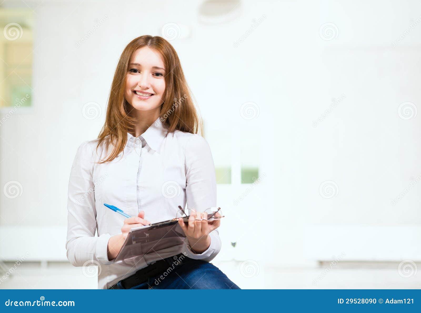 Retrato de uma mulher atrativa