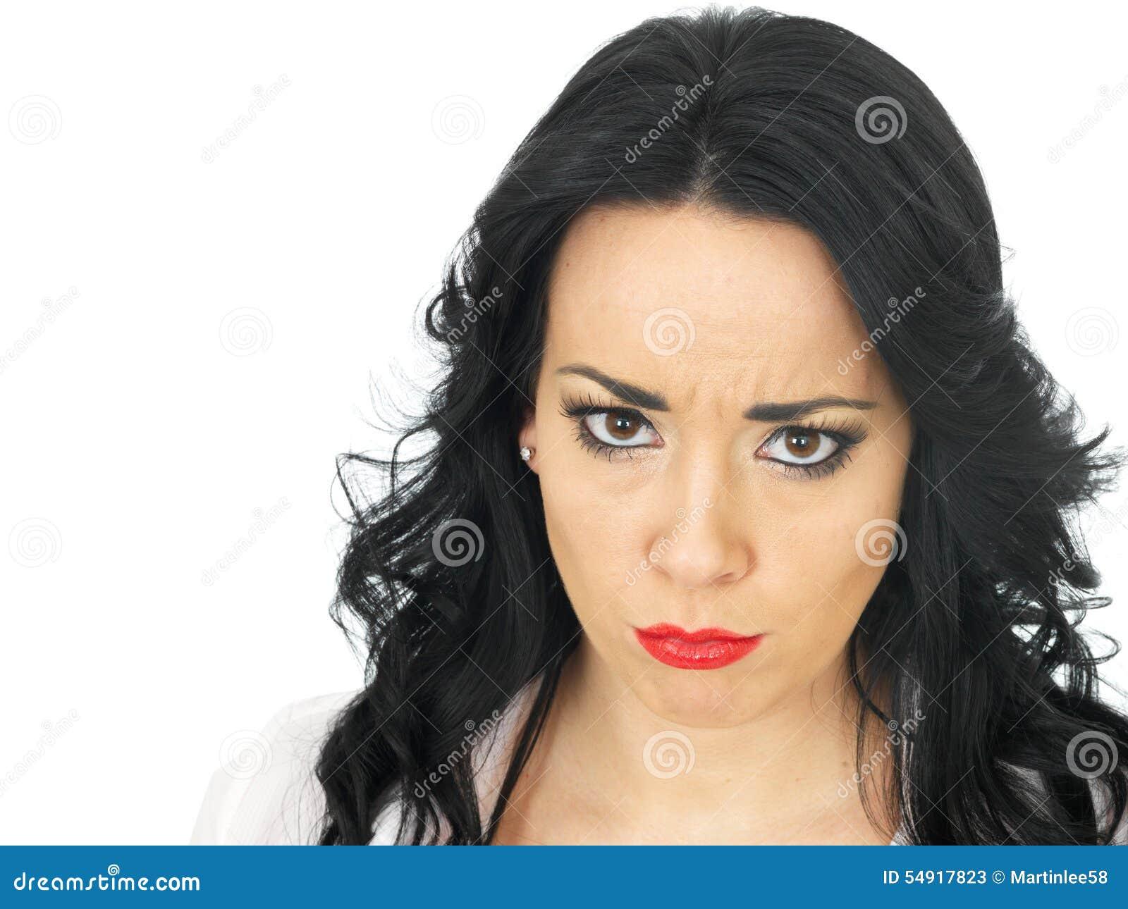 Características de una mujer seria