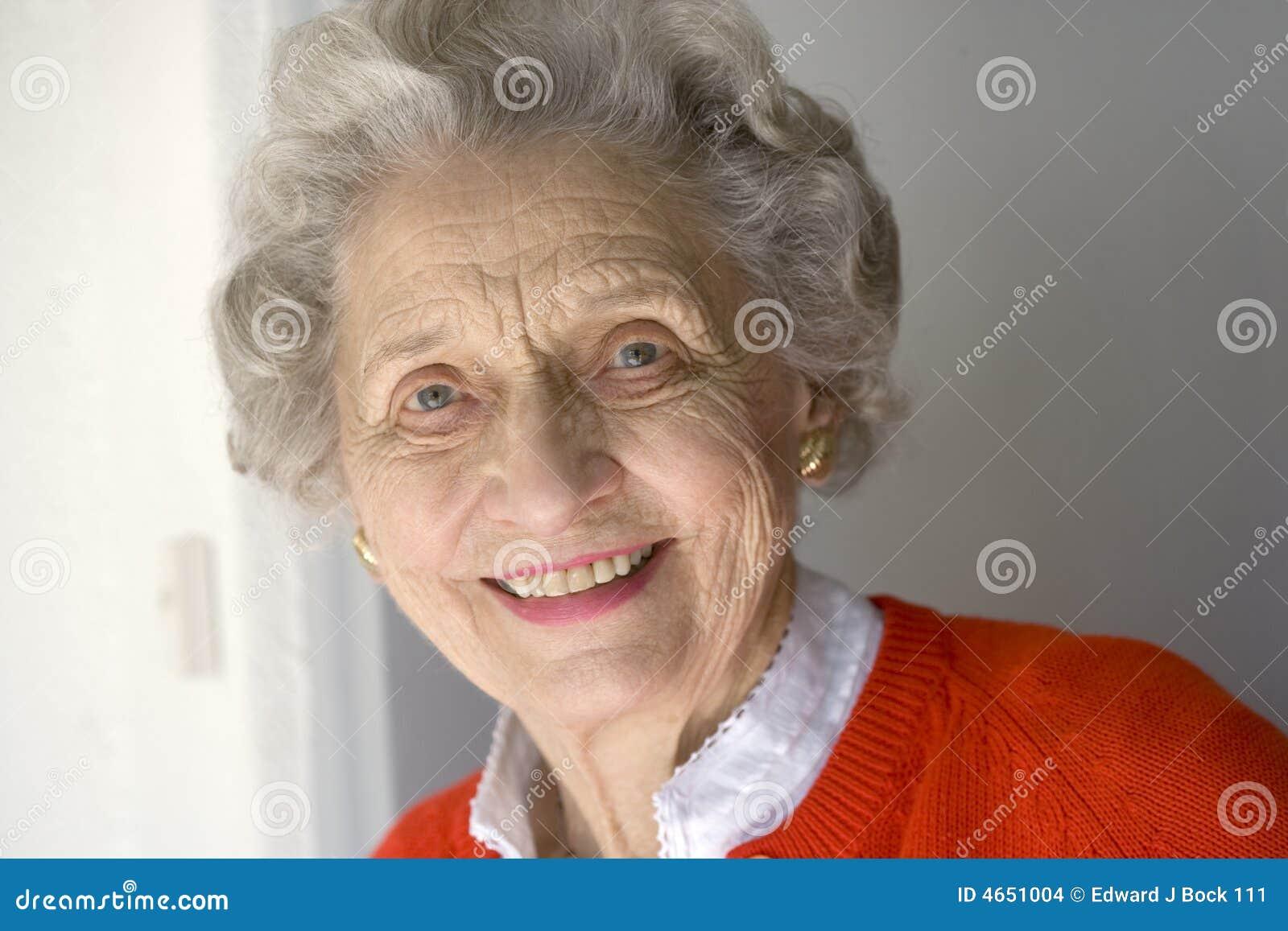 Retrato de una mujer mayor