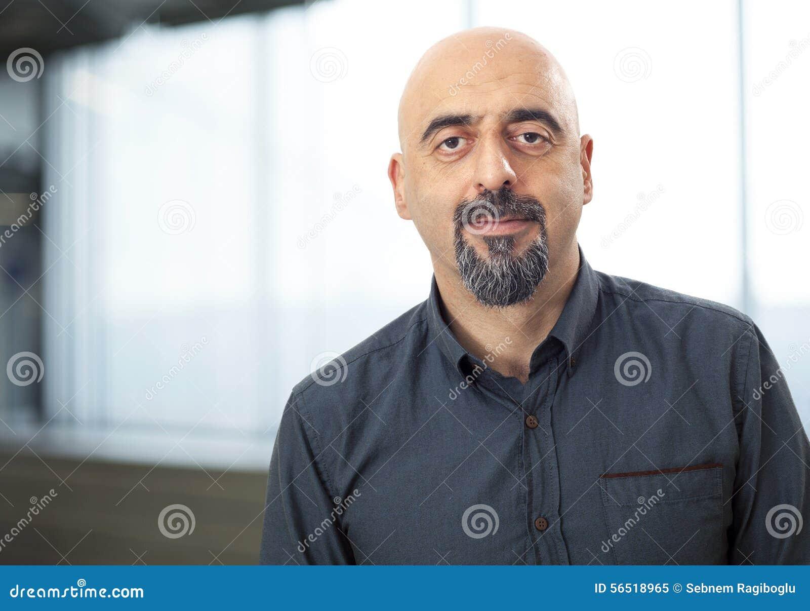 Retrato del hombre sonriente