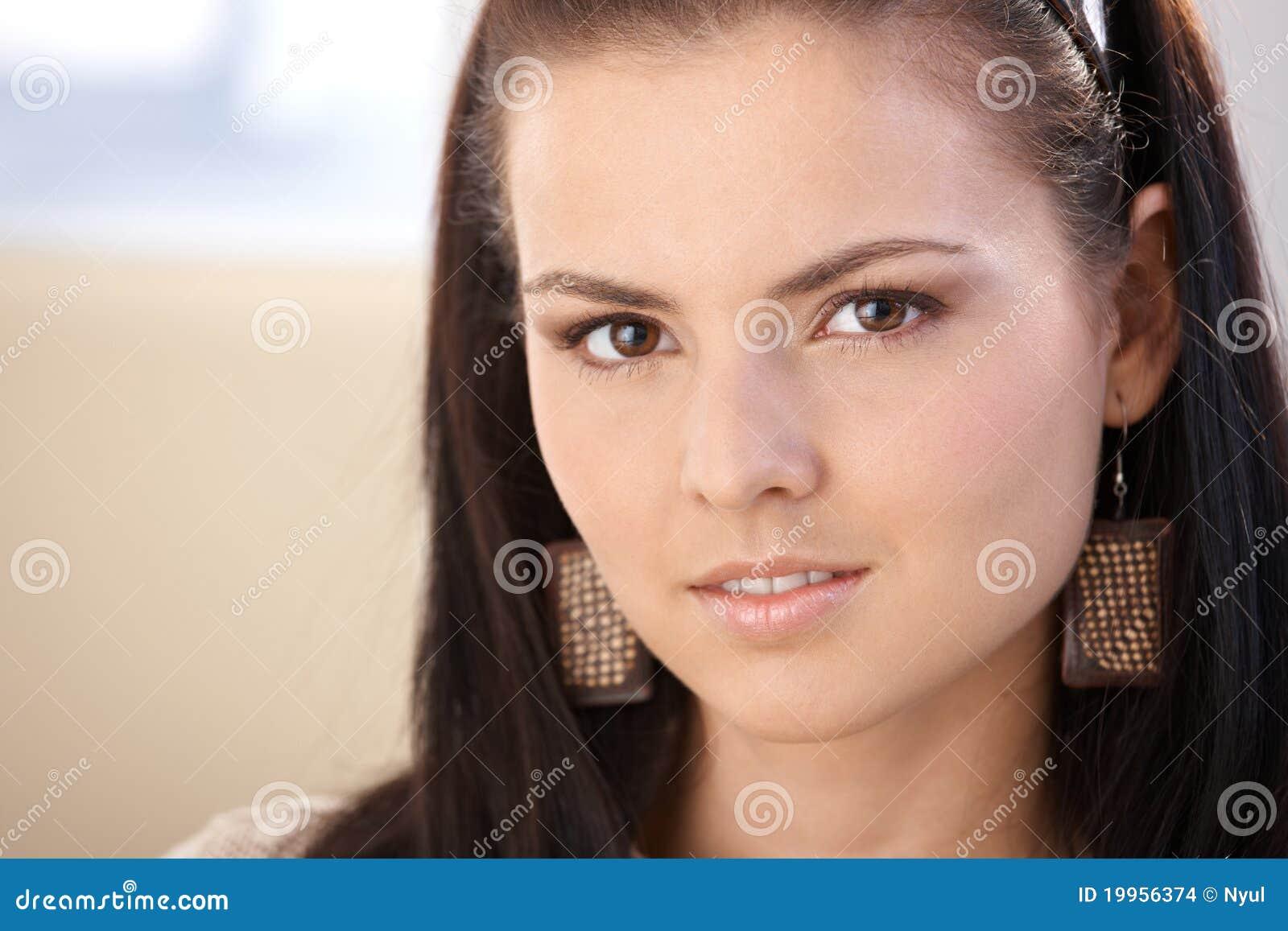 Retrato do close up da menina bonita