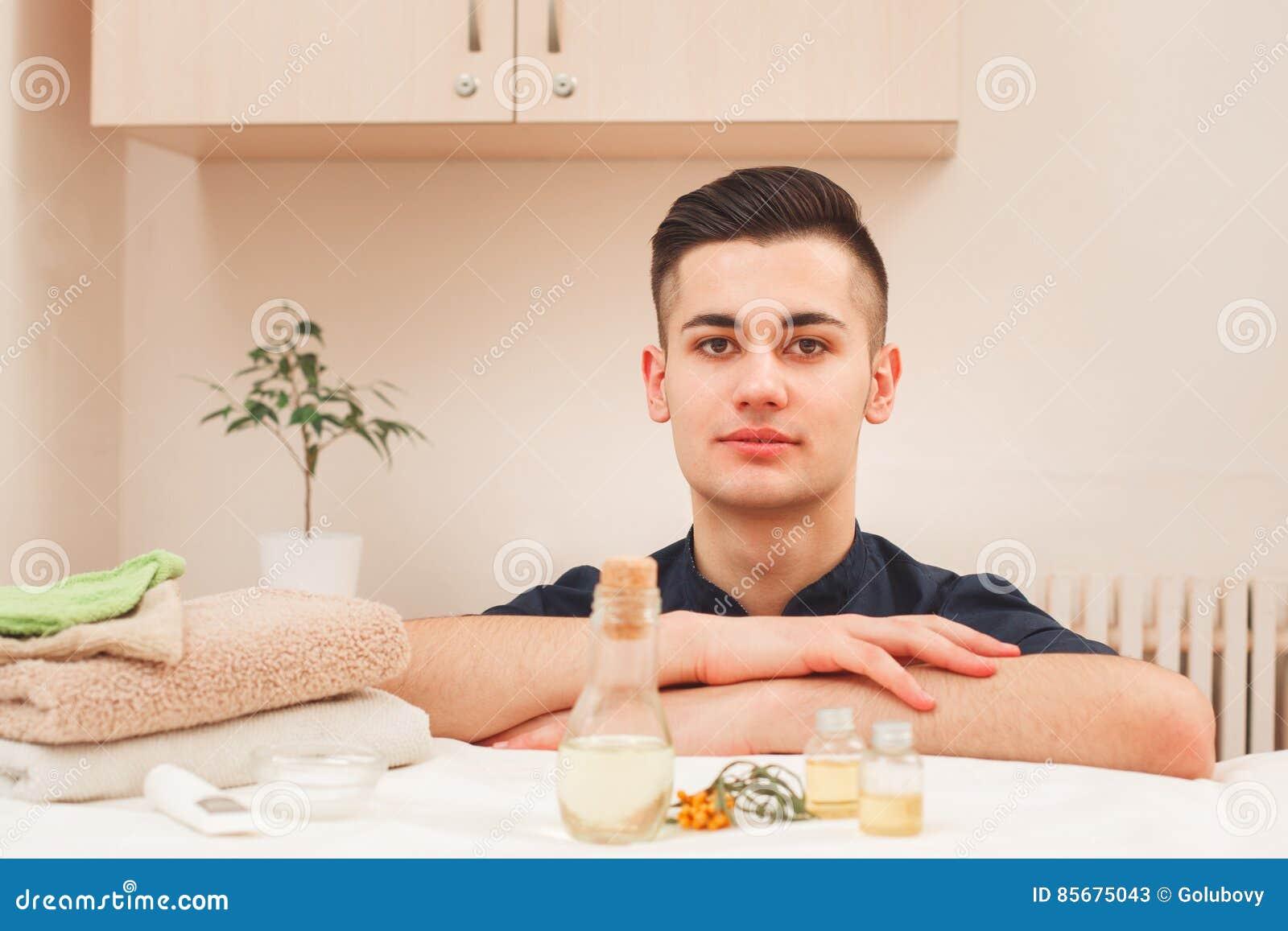 velhas fogosas massagista masculino para homem lisboa