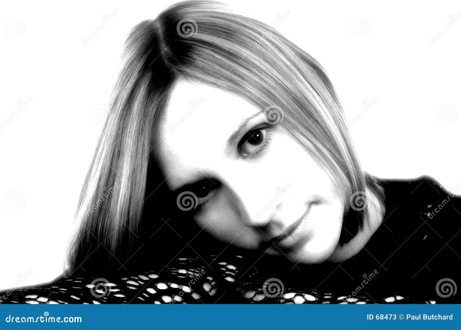 Retrato negro y blanco con alto contraste