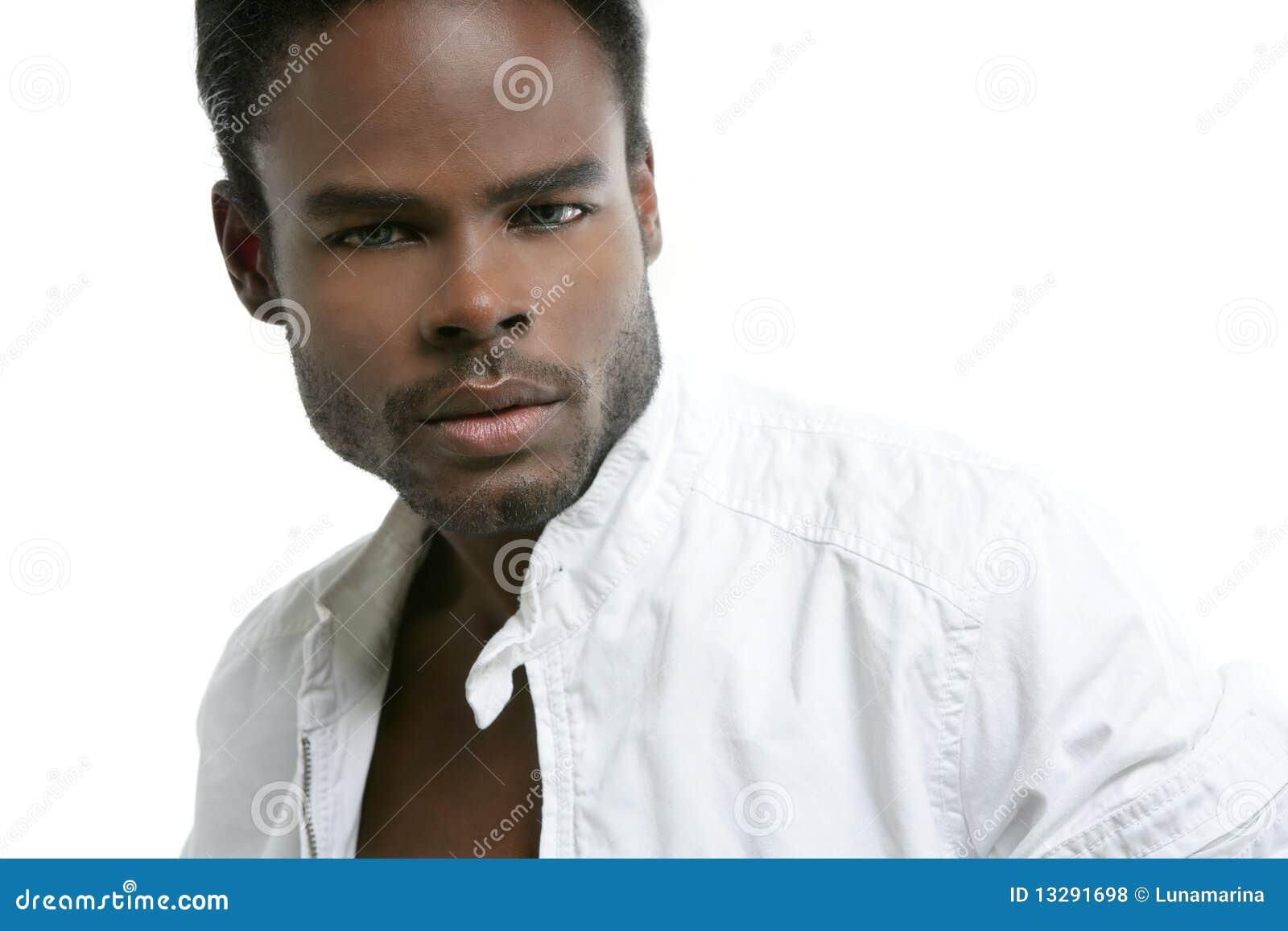 3 Dicas Pra Perder peso Se Divertindo retrato-preto-bonito-do-homem-novo-de-americano-africano-13291698