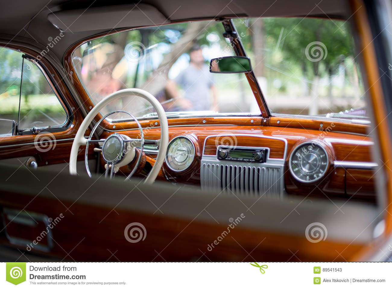 retro car steering wheel royalty free stock photography 90886757. Black Bedroom Furniture Sets. Home Design Ideas