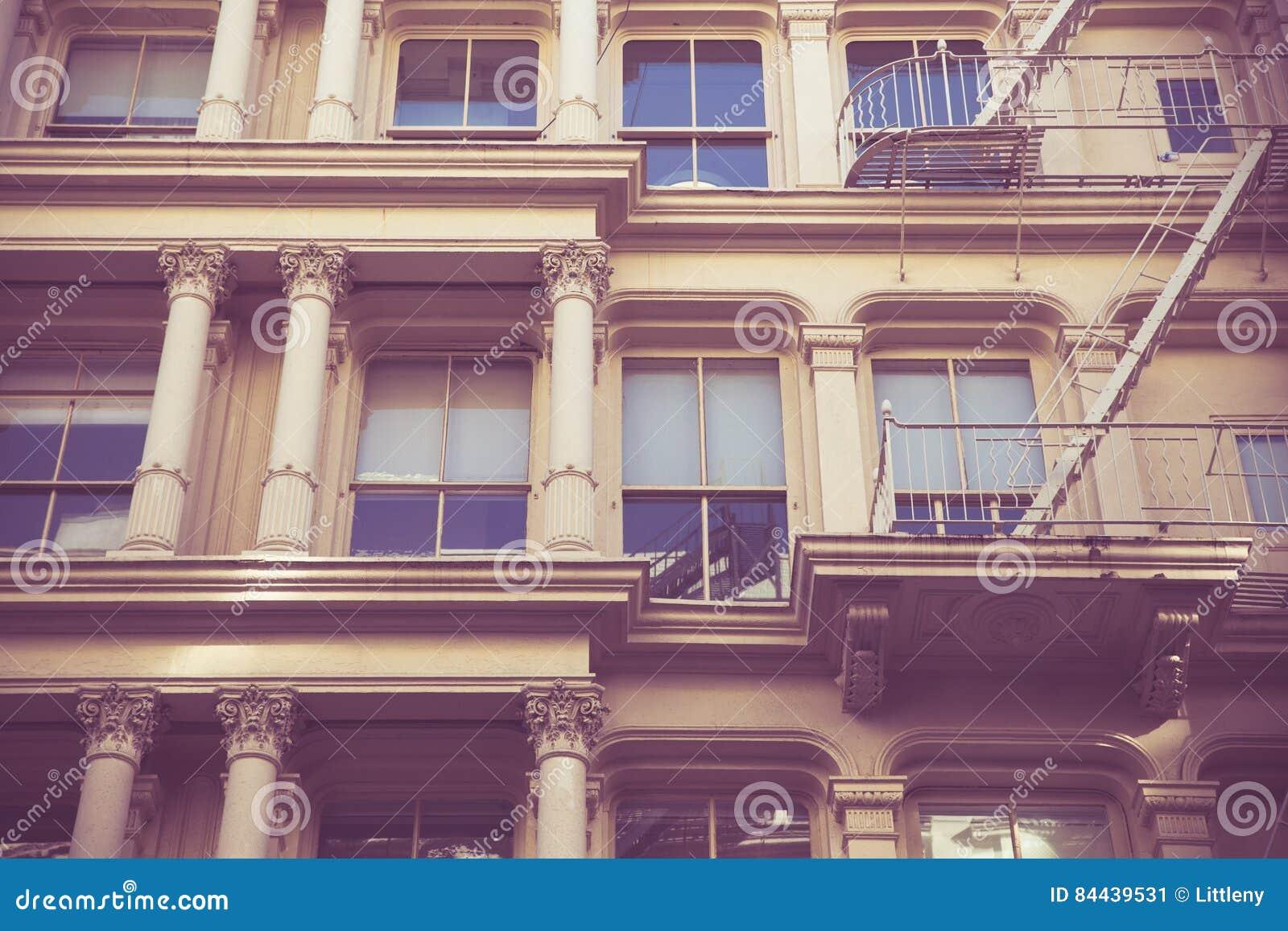 Retro de StadsFlatgebouw van stijlnew york