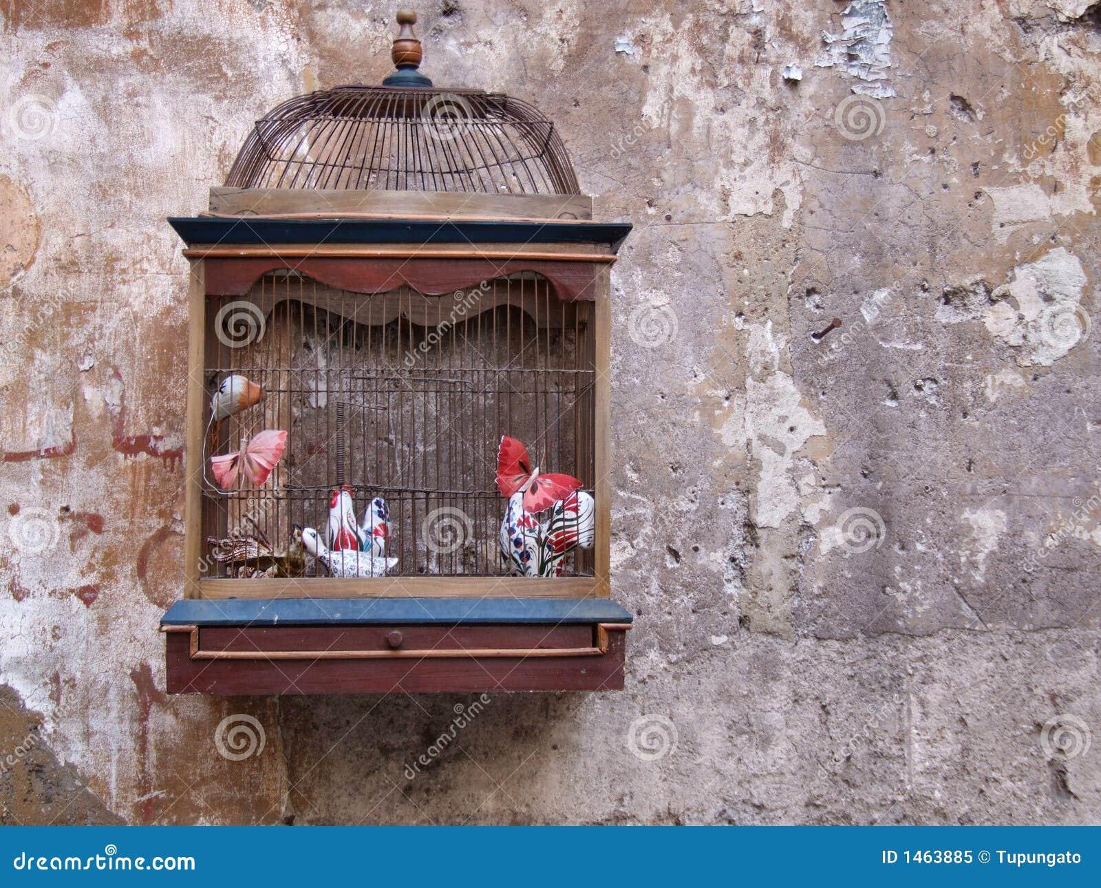 Retro decoratie vogelkooi royalty vrije stock foto for Vogelkooi decoratie