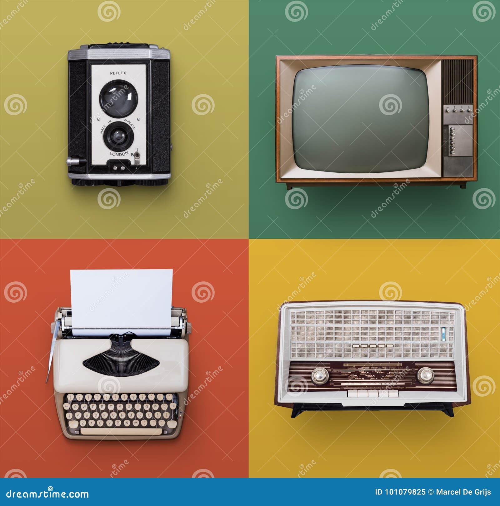 Retro electronics set