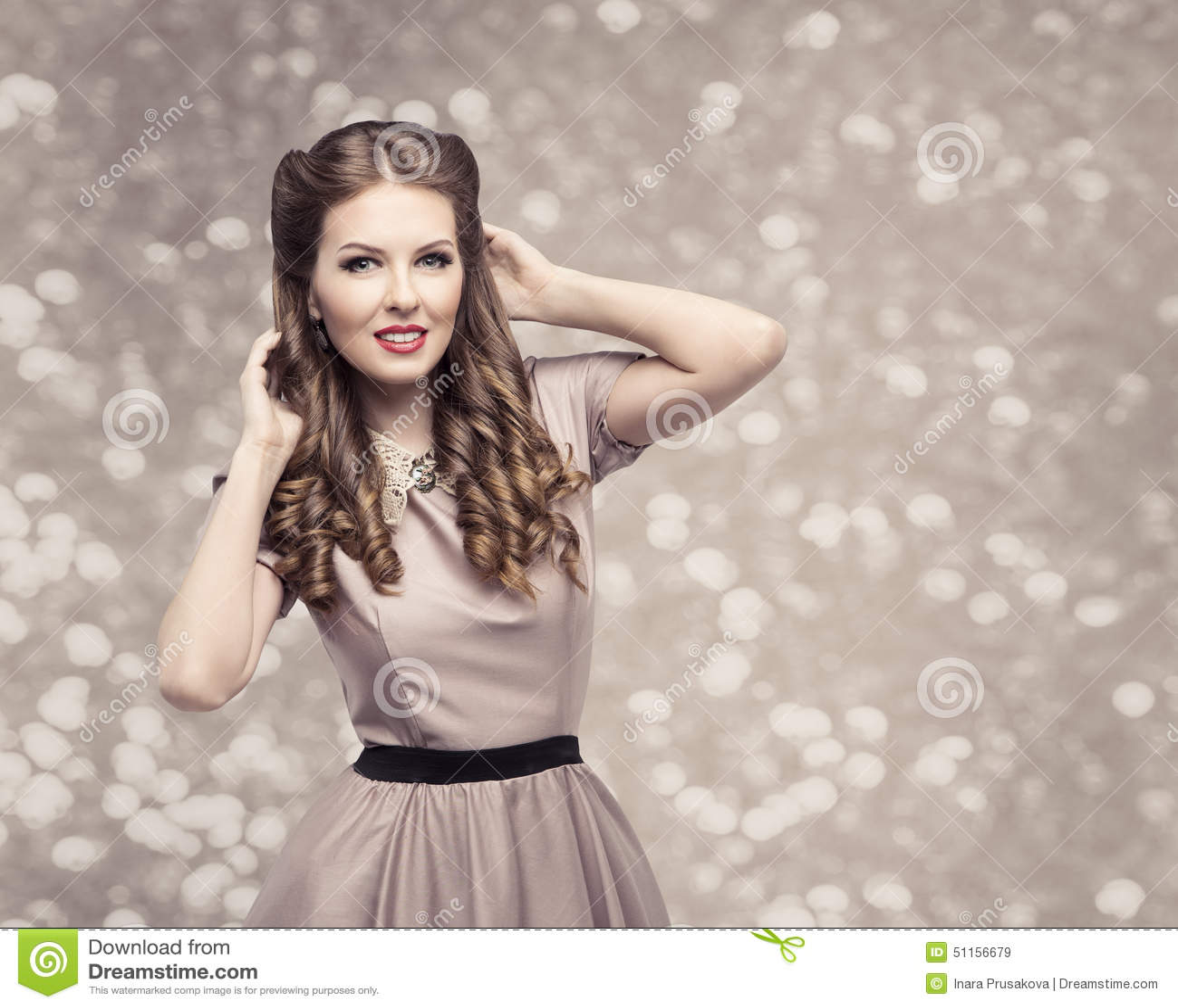 Retro Frauen Frisur Pin Up Girl Portrait Elegantes Modell