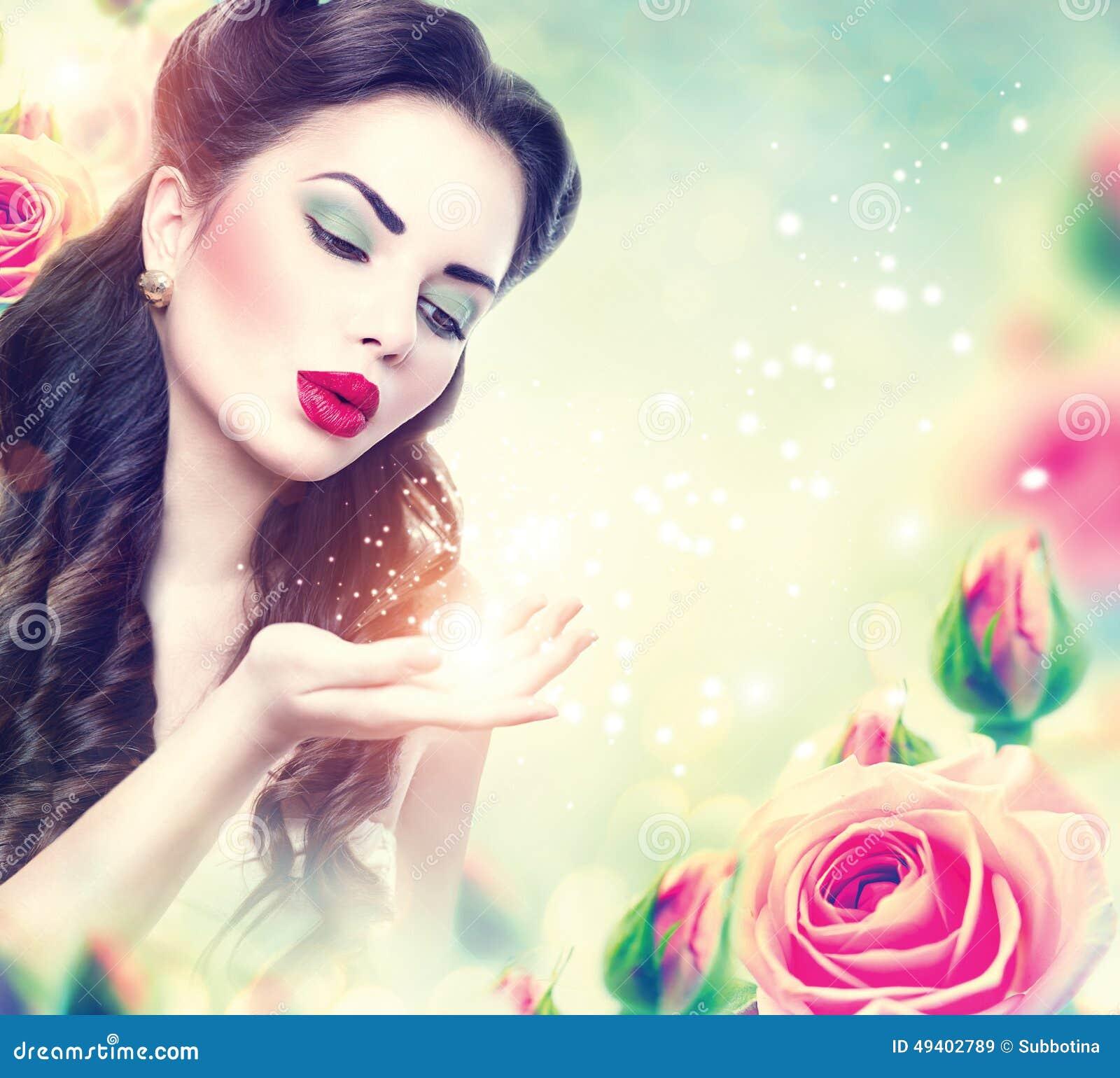 Download Retro- Frauenporträt Im Rosa Rosengarten Stockbild - Bild von gesicht, grün: 49402789