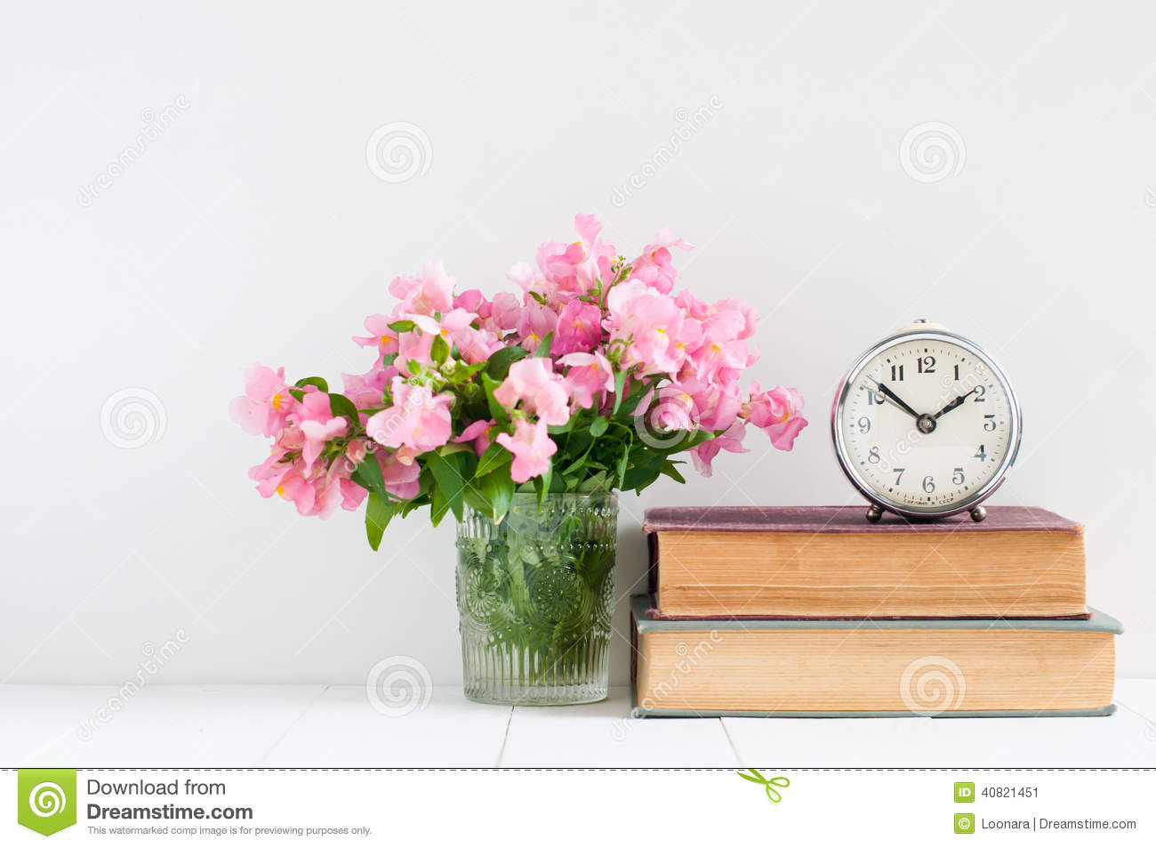 Retro home decor stock photo image 40821451 - Home decor books ...