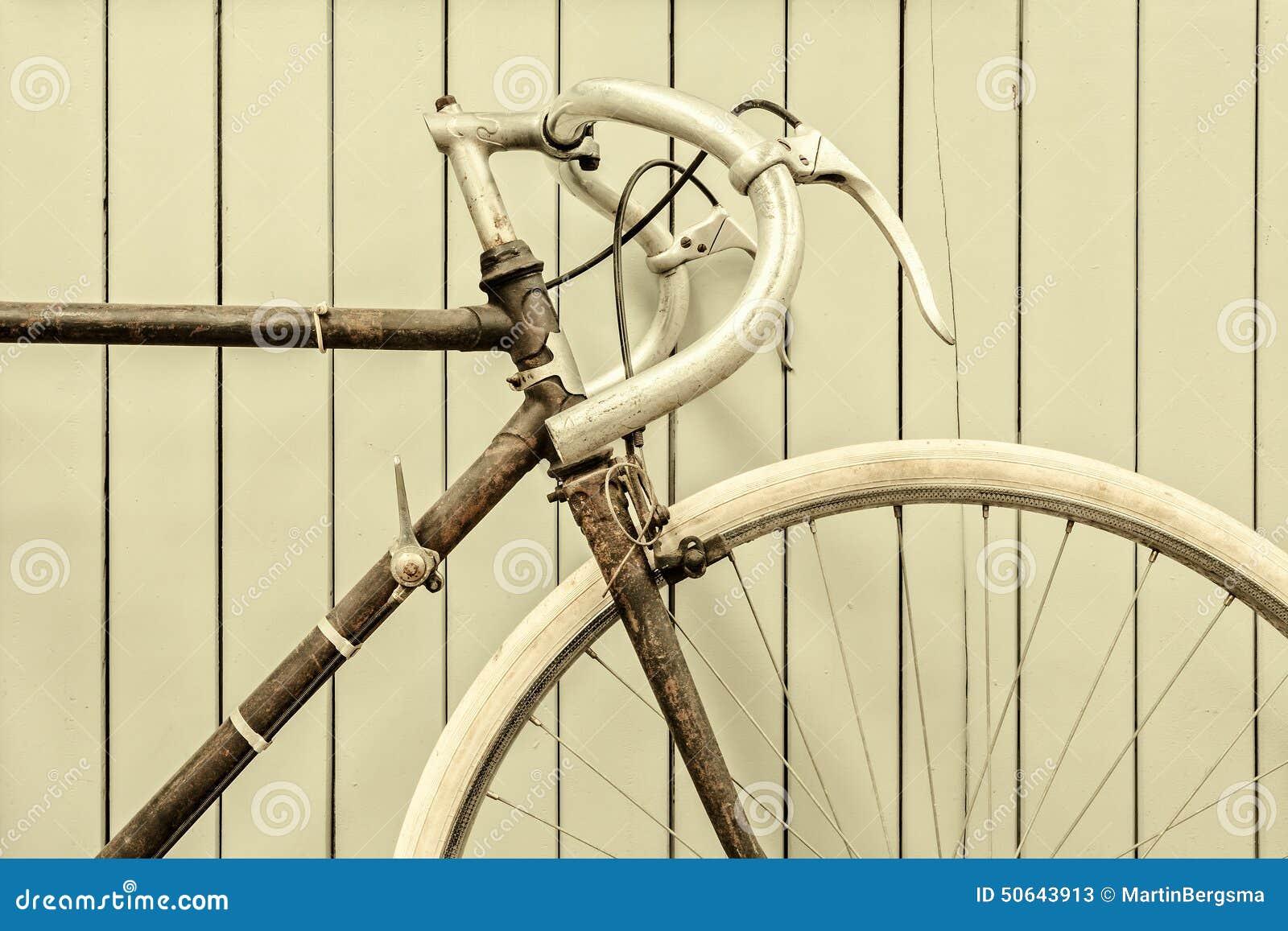 Retro immagine disegnata di una bicicletta di corsa