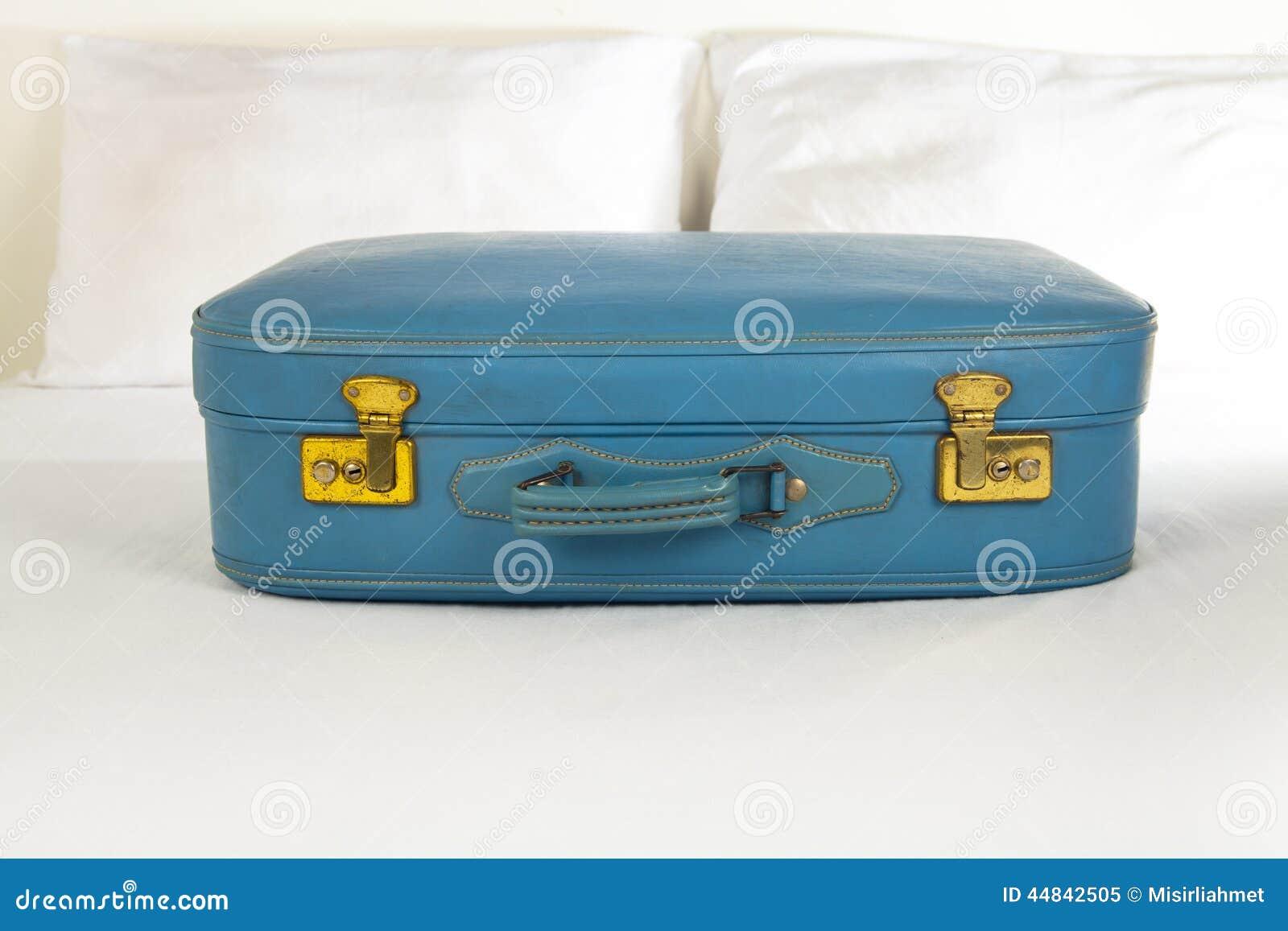 retro koffer stock foto beeld 44842505. Black Bedroom Furniture Sets. Home Design Ideas