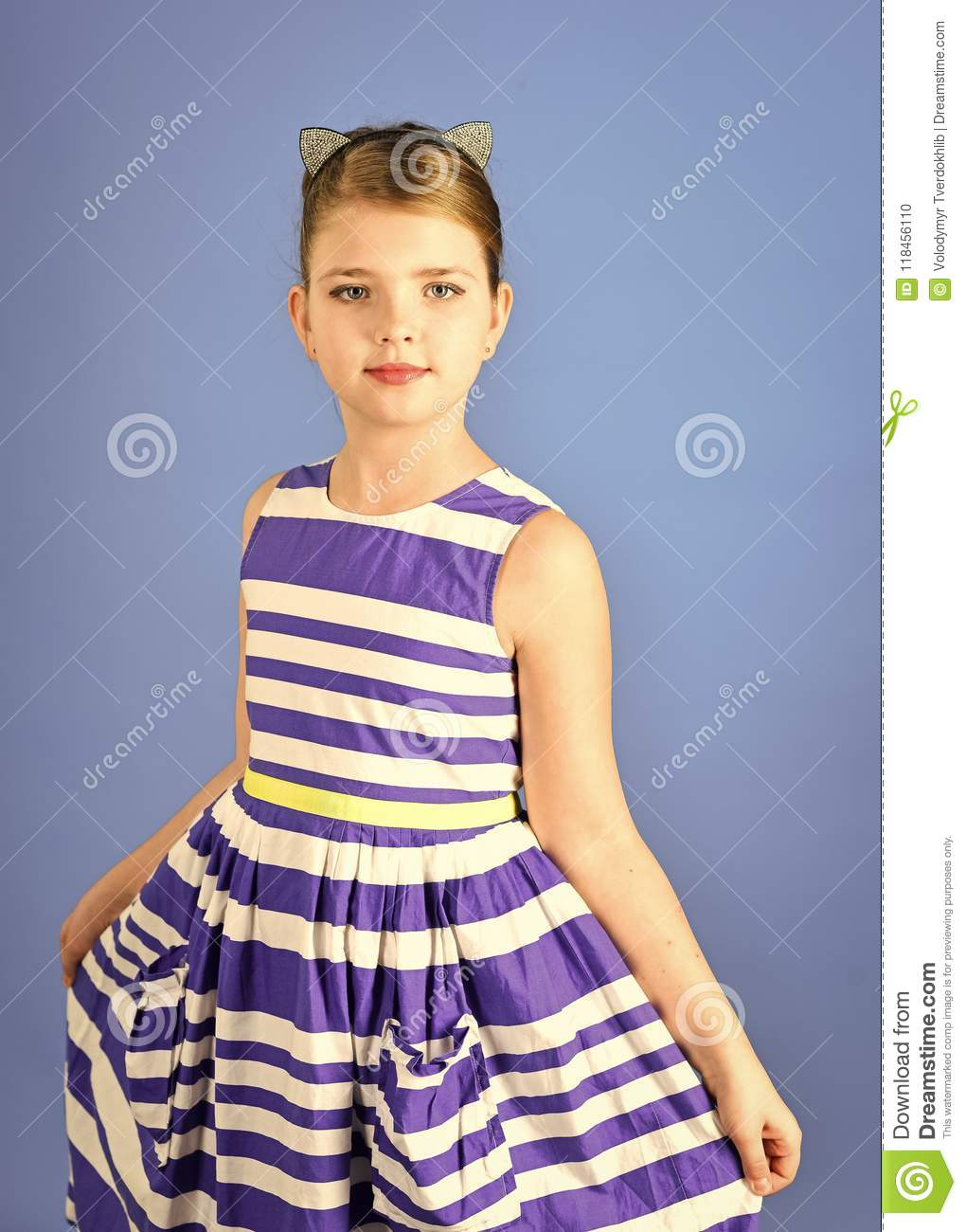 ee079657711 Potrait of little girl child. Retro look and hairdresser